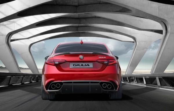 Alfa Romeo Giulia - 2015 - arrière / rear