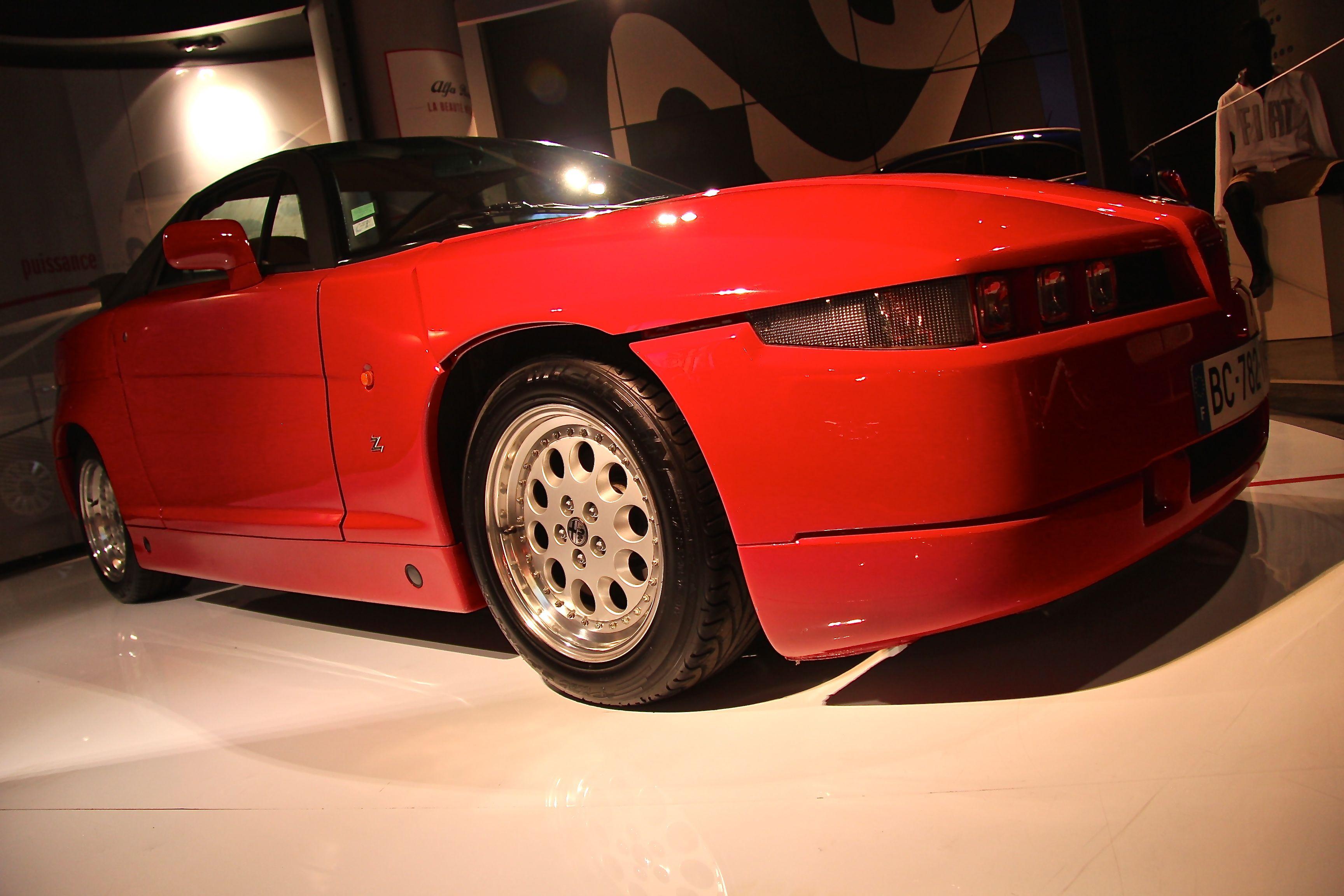 Alfa Romeo - SZ - MotorVillage - Alfa Romeo : la beauté nécessaire - 2015 - Photographie Ludo