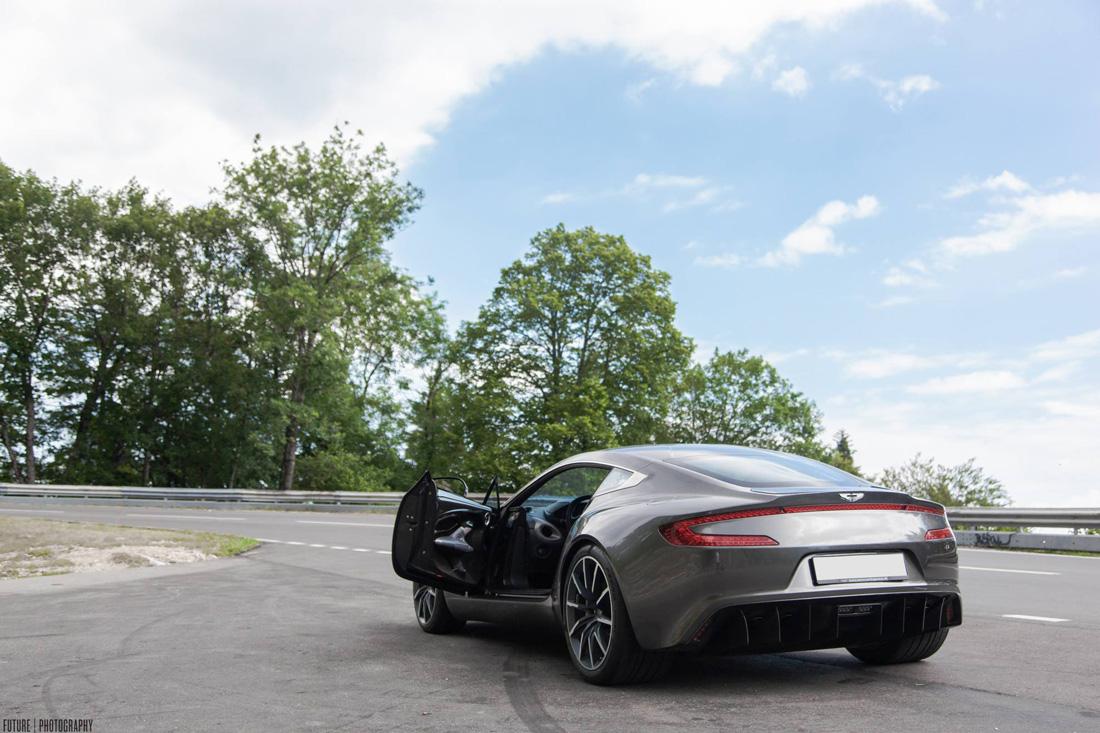 Aston Martin One 77 - Arrière - Future Photography
