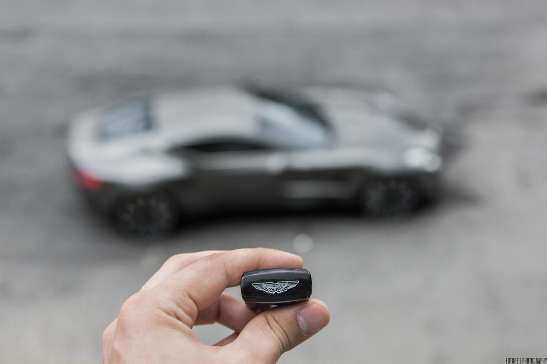 Aston Martin One 77 - Clé de contact - Future Photography