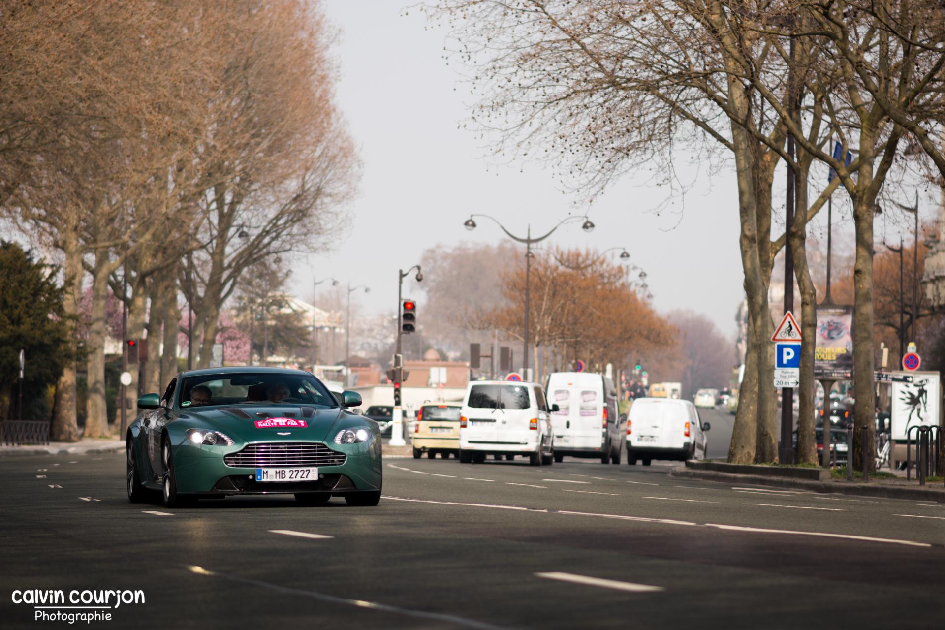 Aston Martin V12 Vantage - Rallye Paris 2015 - Calvin Courjon Photographie