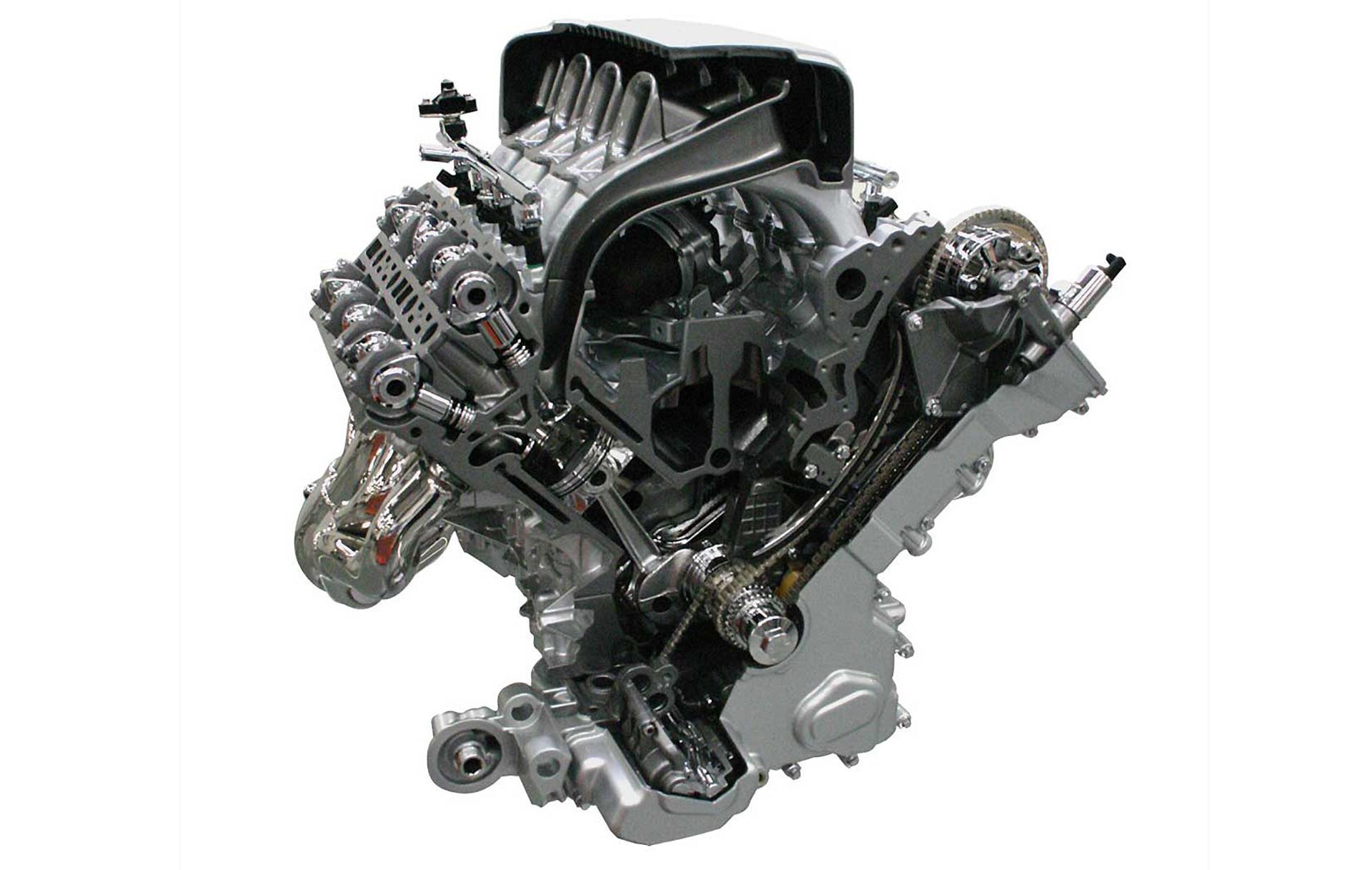 Aston Martin - V8 engine / moteur V8