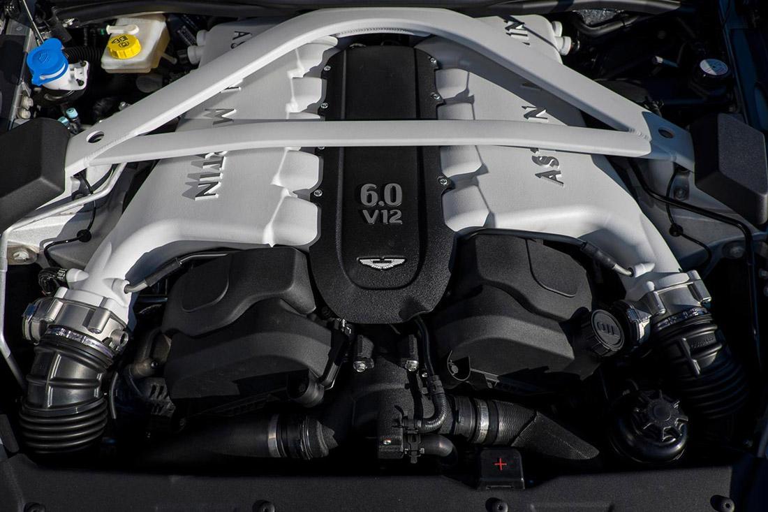 Aston Martin - moteur V12