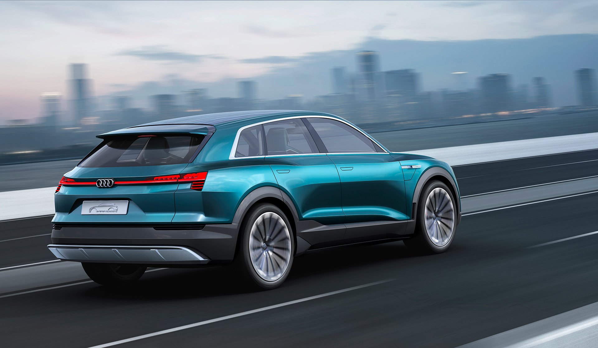 Audi e-tron quattro concept - 2016 - rear side-face / profil arrière - on road / sur route