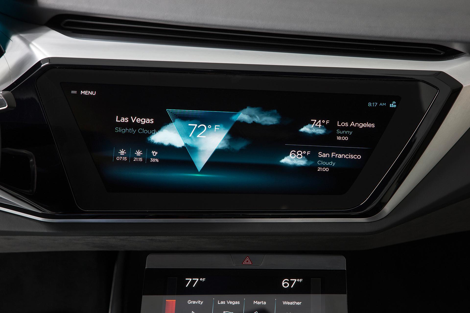 Audi e-tron quattro concept - CES 2016 - screen