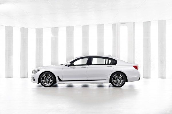 BMW 7 series - 2016 - Pack M - profil / side-face