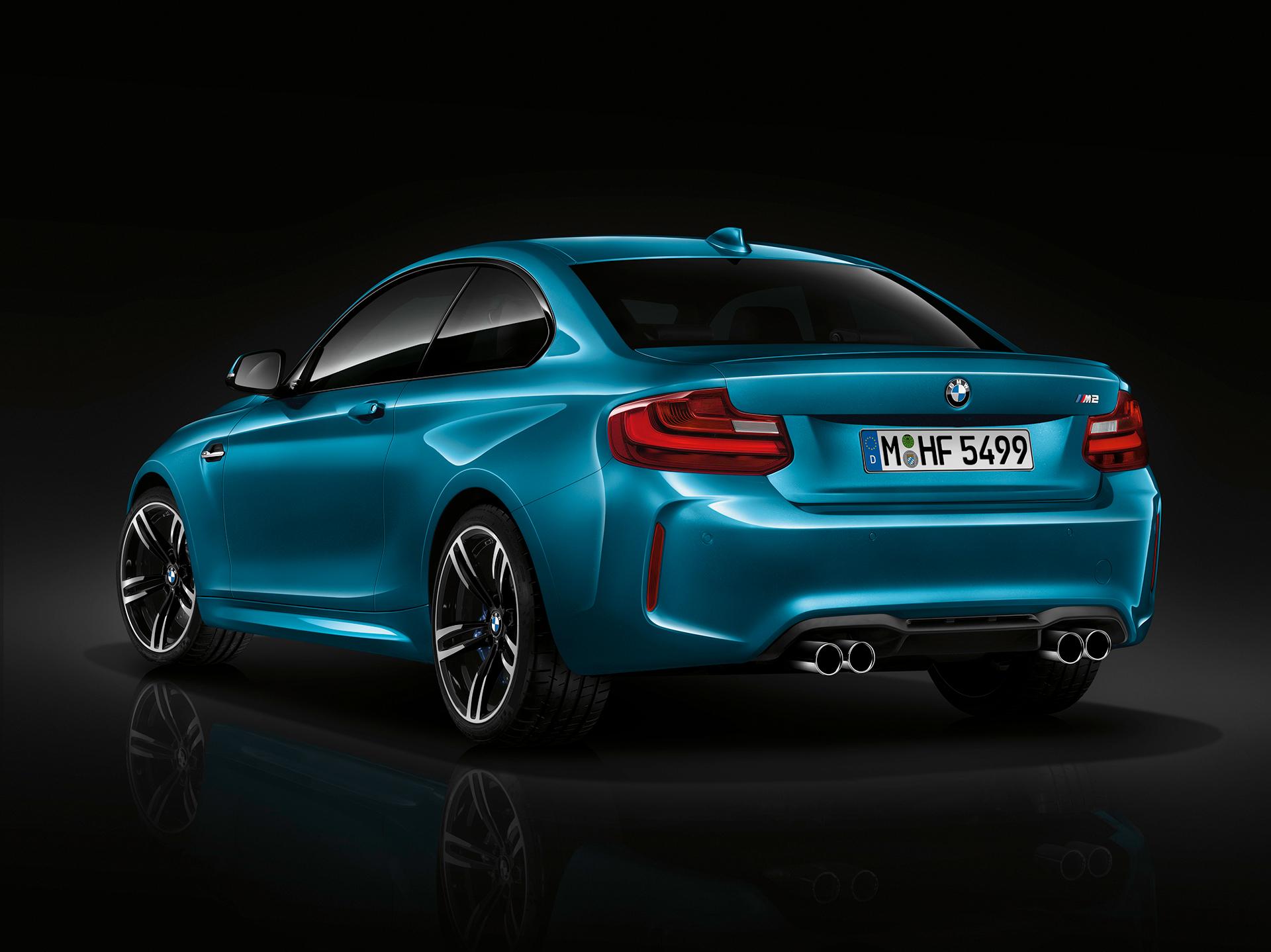 BMW M2 - 2016 - profil arrière / rear side-face