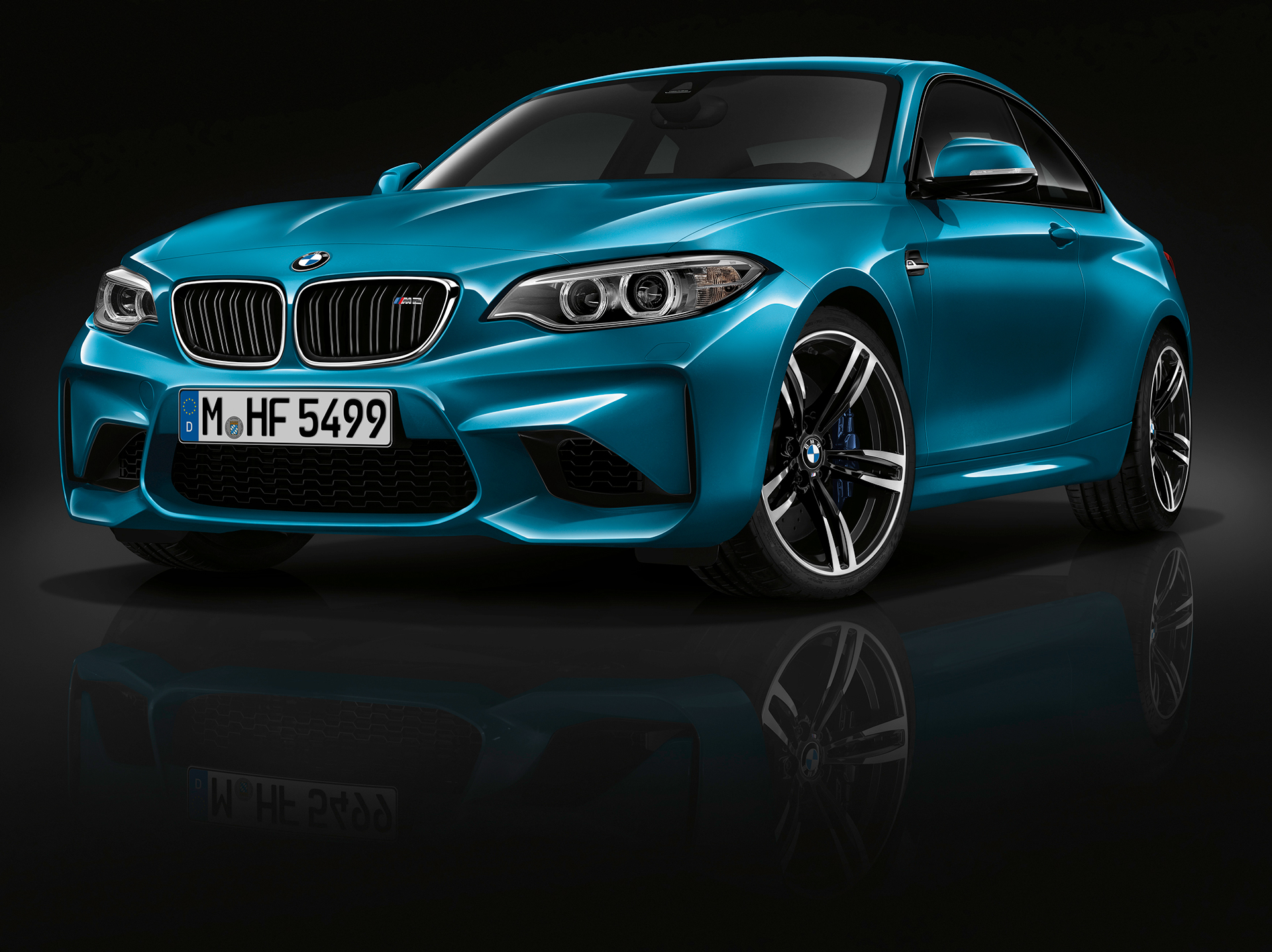 BMW M2 - 2016 - profil avant / front side-face