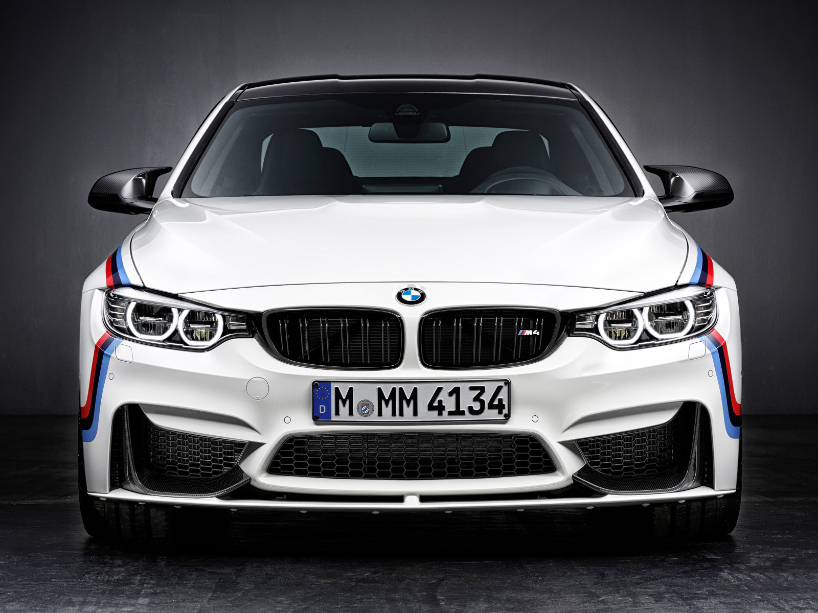 BMW M4 Coupe Performance - face avant