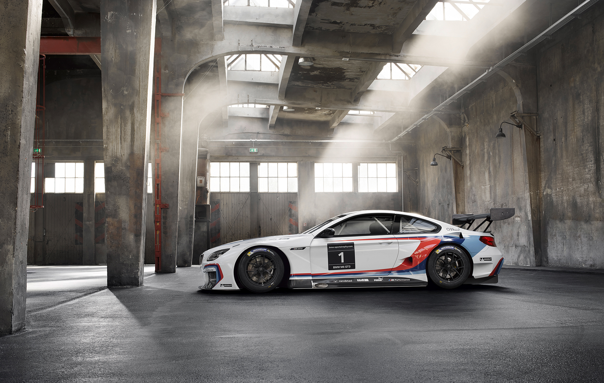 BMW M6 GT3 - 2016 - side-face / profil
