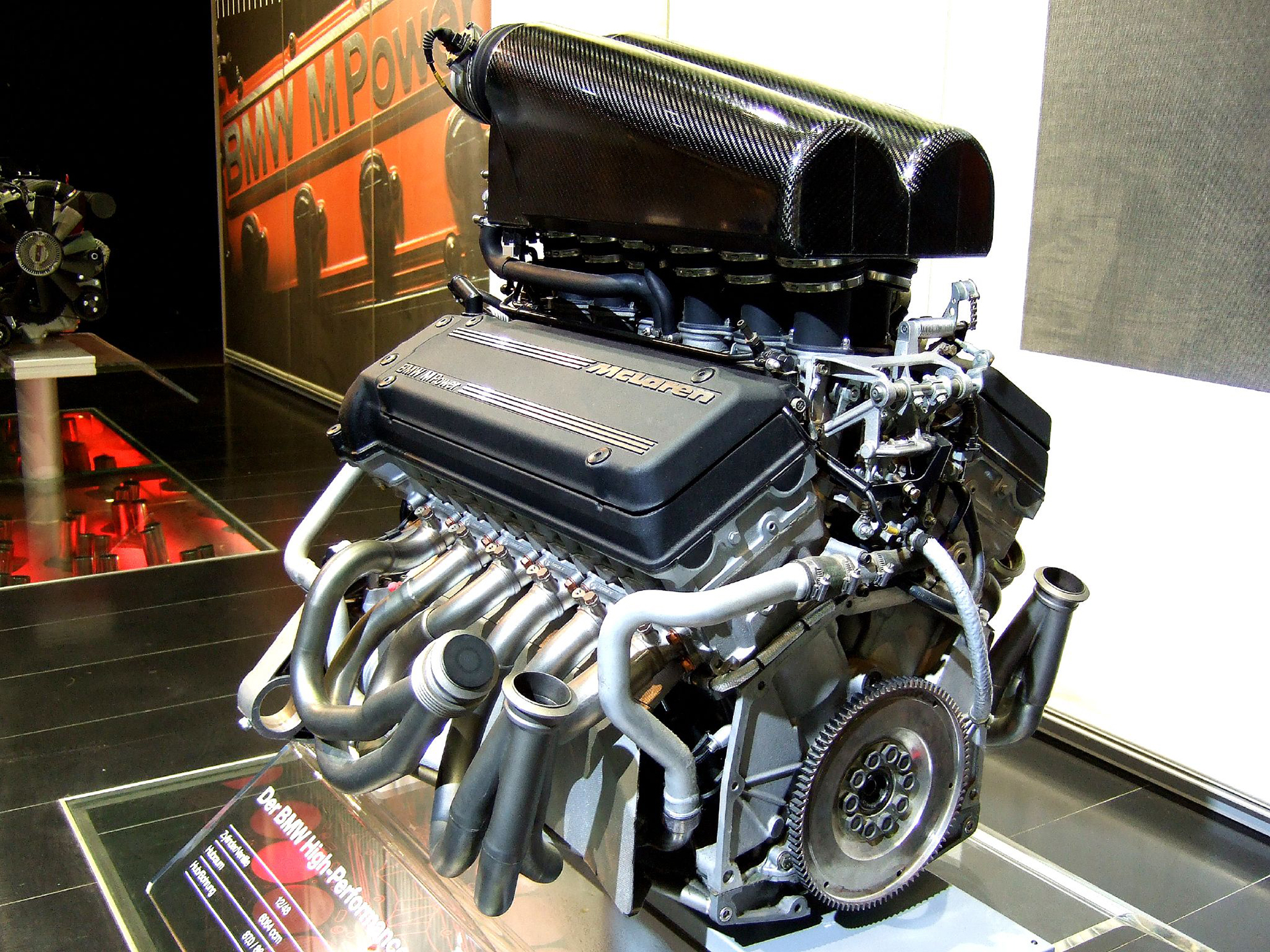 McLaren F1 - BMW V12 - engine / moteur - photo Sweens308
