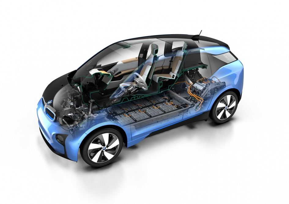 bmw i3 jusqu 39 300 km d 39 autonomie sous le capot plancher. Black Bedroom Furniture Sets. Home Design Ideas