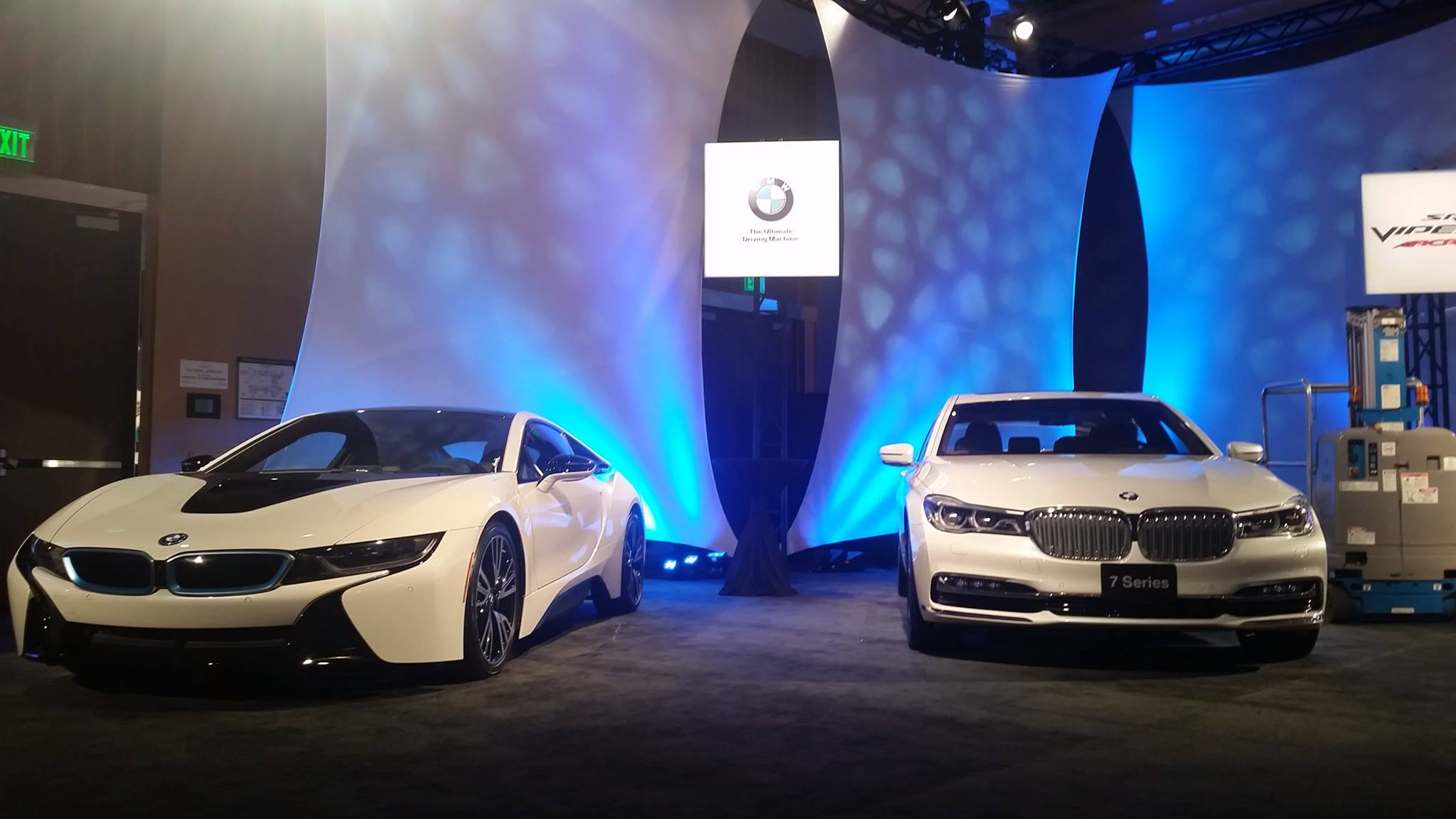 BMW - i8 - BMW 7serie - The Gallery - event - NAIAS 2016
