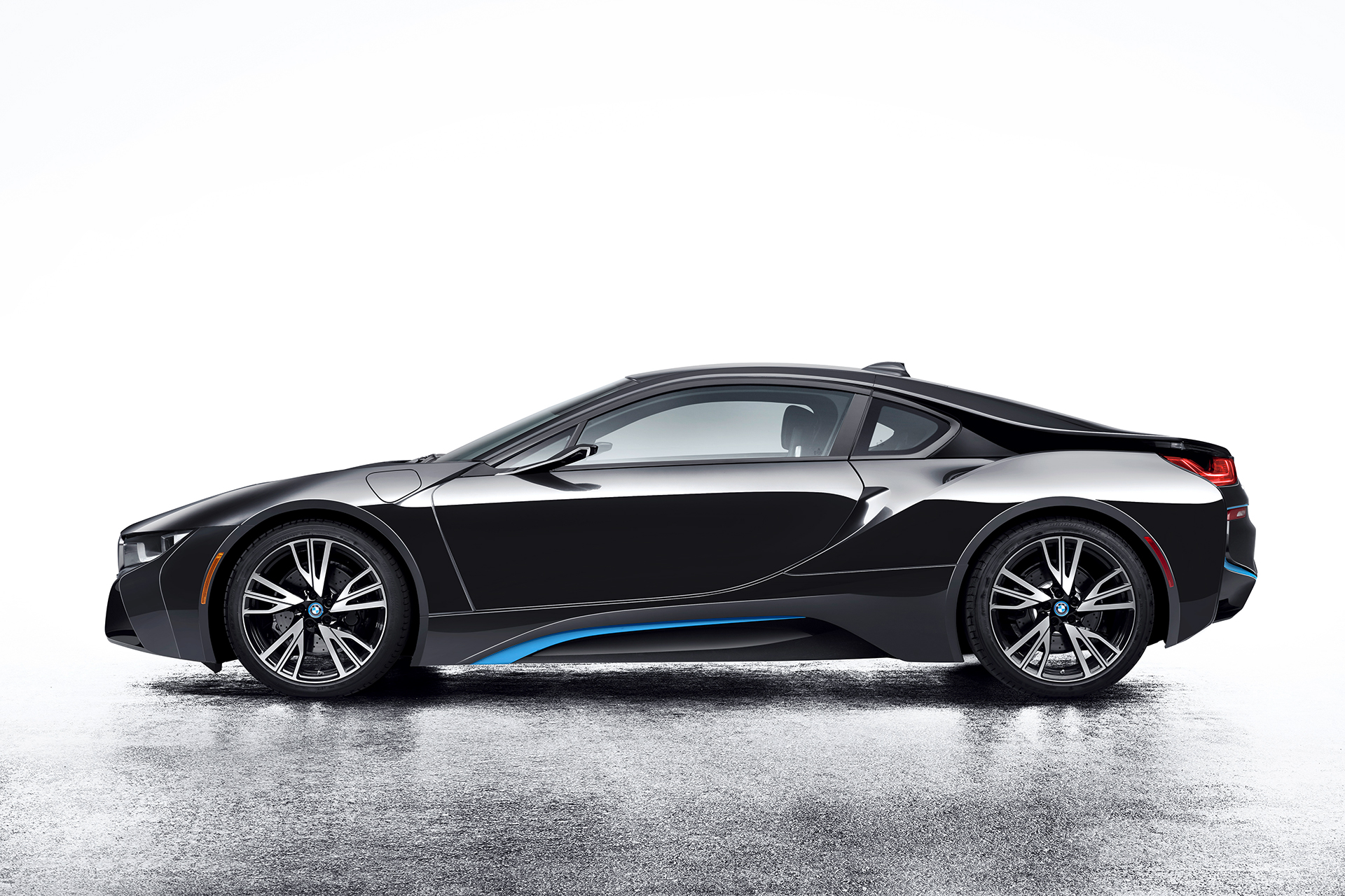 BMW i8 Mirrorless - side-face / profil