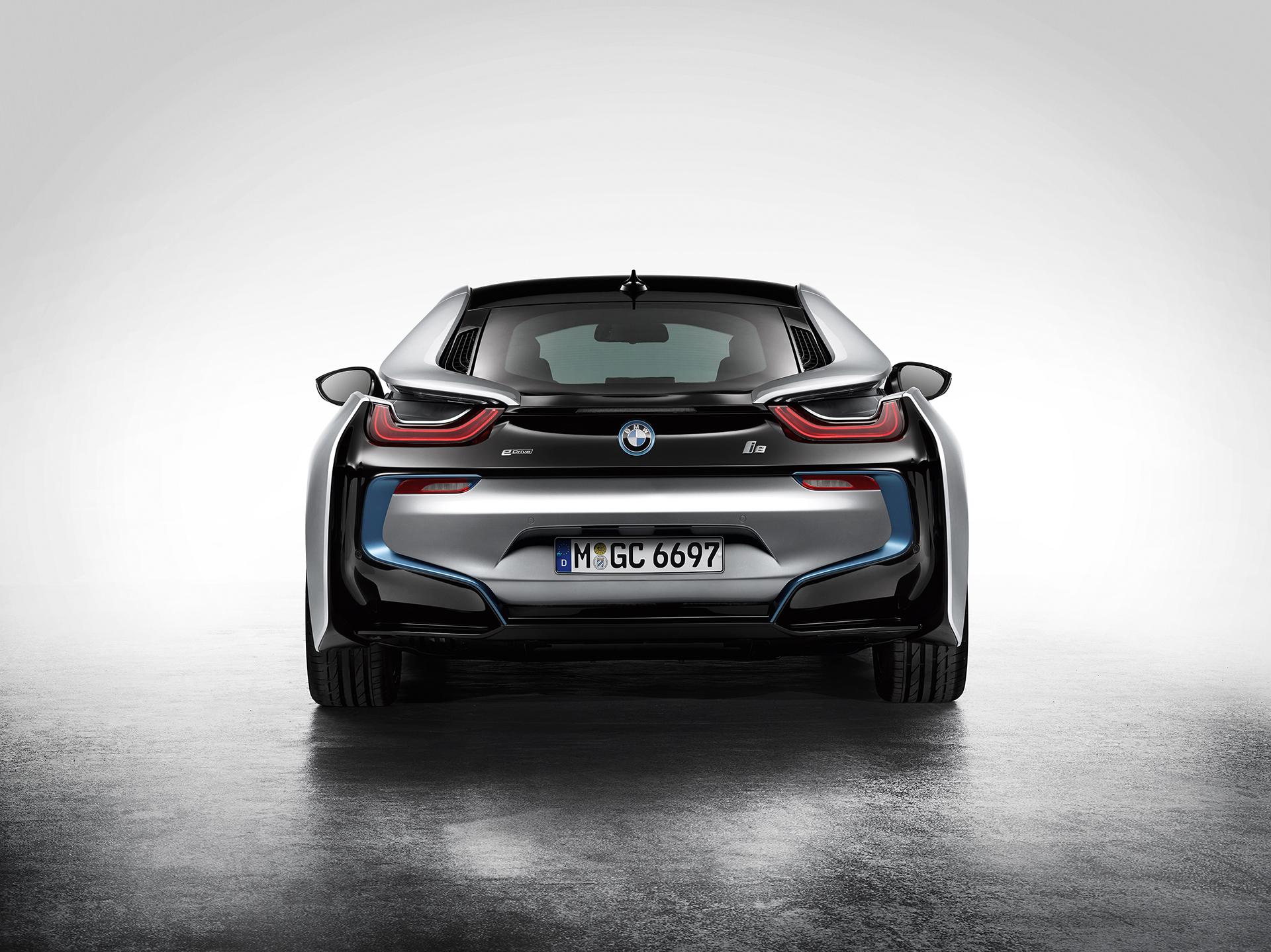 BMW i8 - rear / arrière