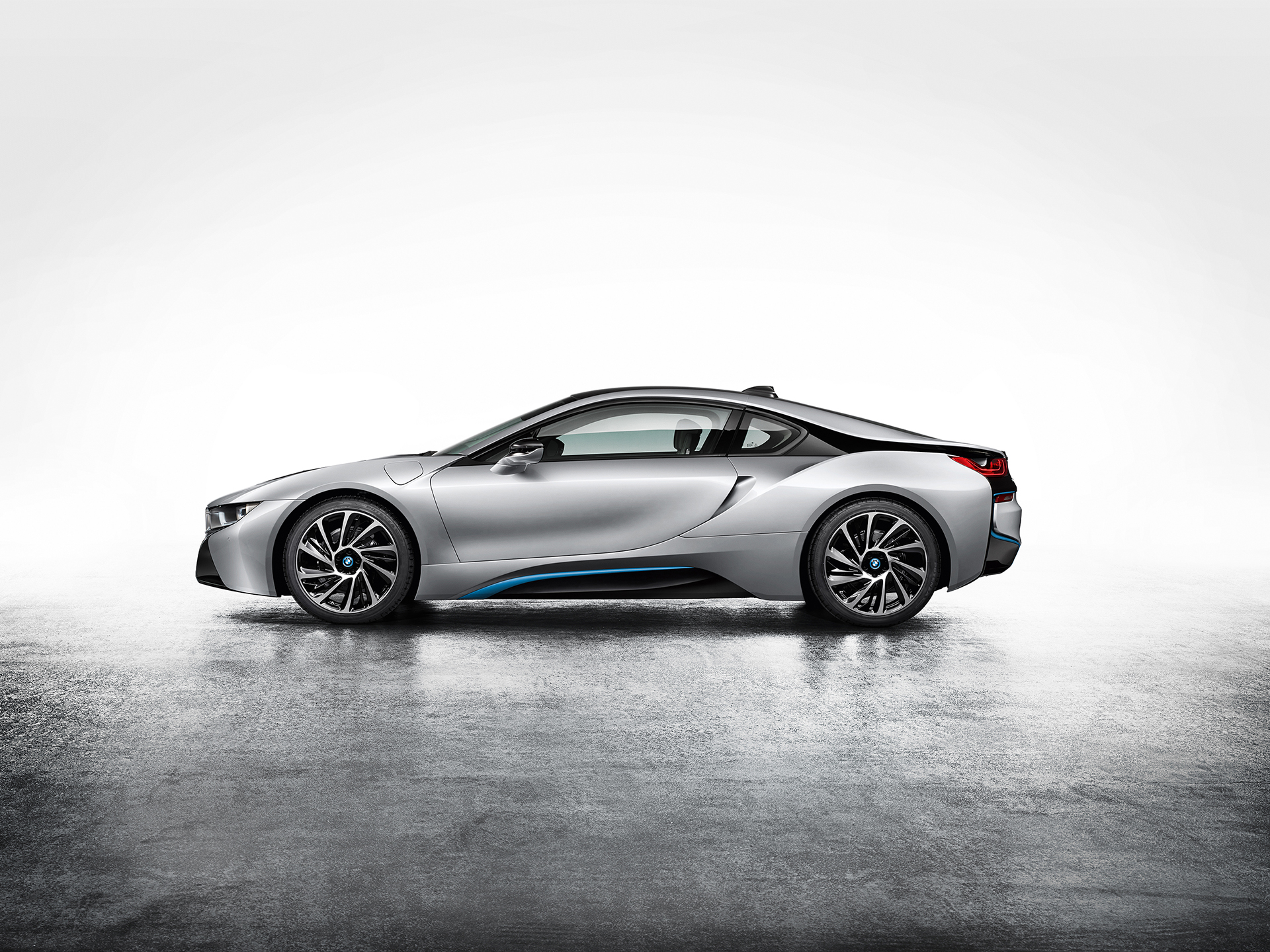 BMW i8 - side-face / profil
