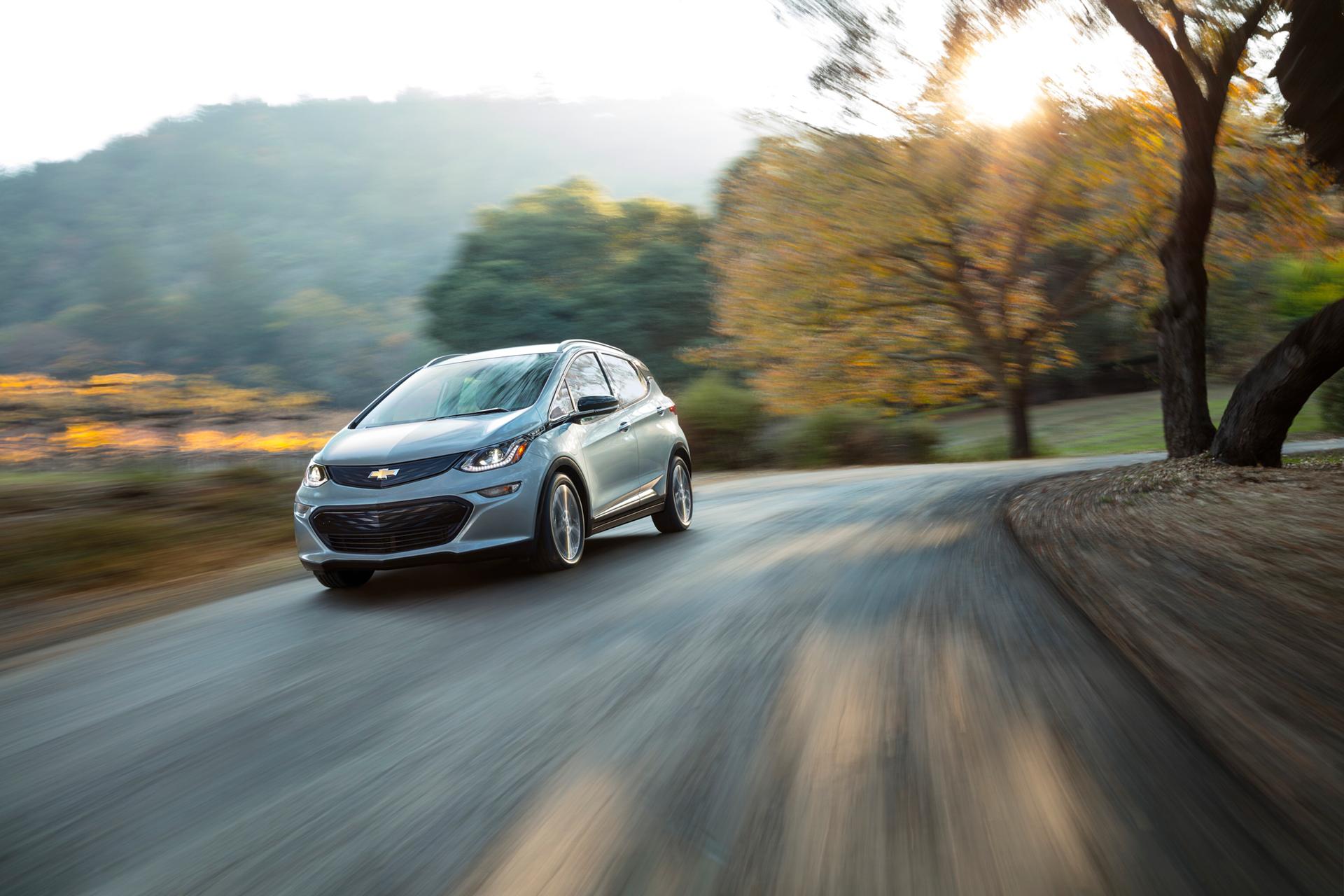 Chevrolet Bolt EV - 2016 - front side-face / profil avant - General Motors