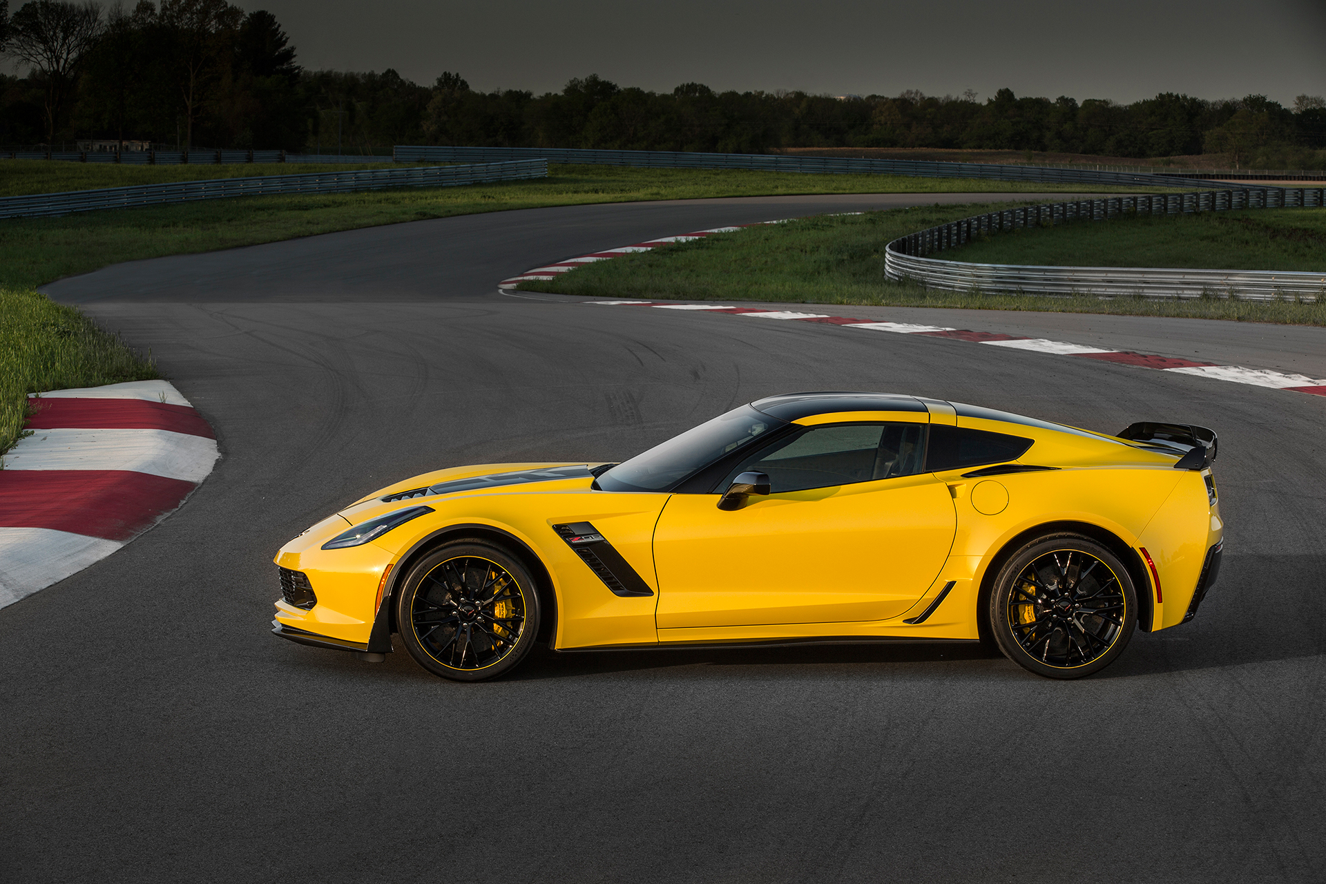 Chevrolet Corvette Z06 2016 C7.R Edition - profil / side-face - General Motors