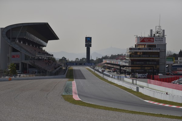 Circuit de Barcelona - F1 - fevrier 2016 - Photo Jacques Denis team DESIGNMOTEUR