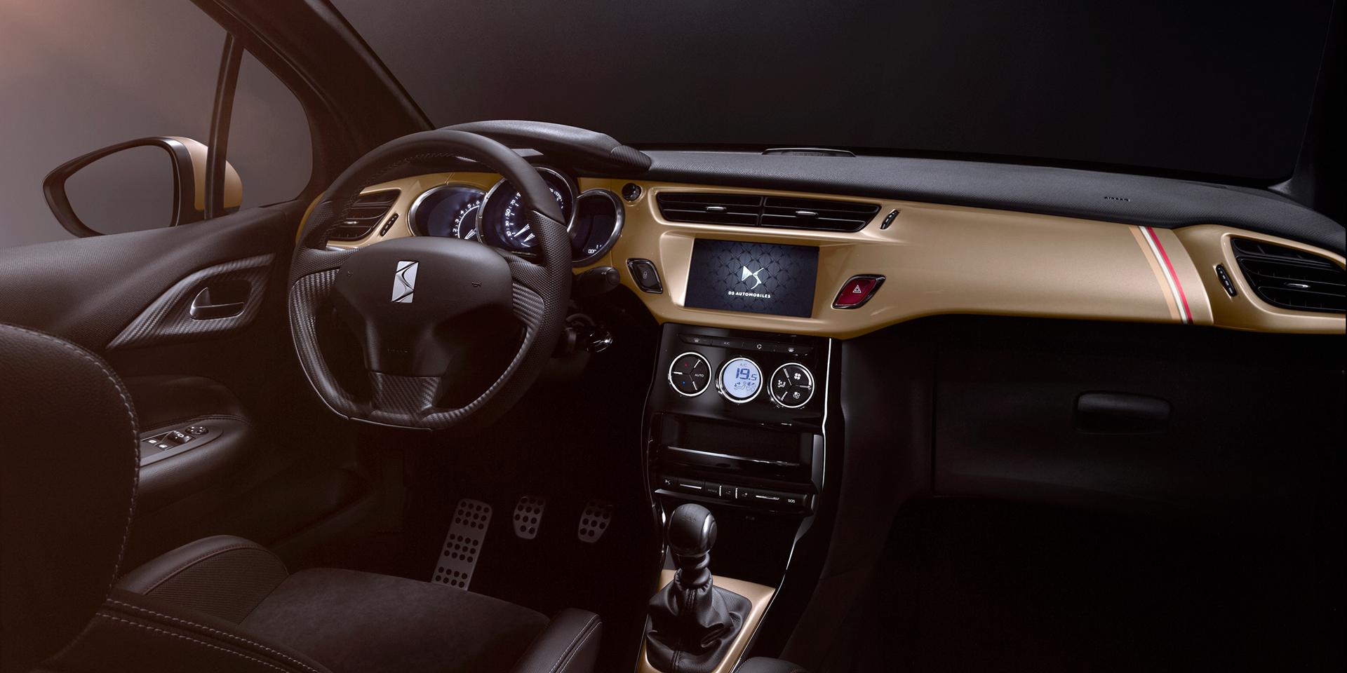 DS Automobiles - 2016 - DS 3 Performance - intérieur / interior