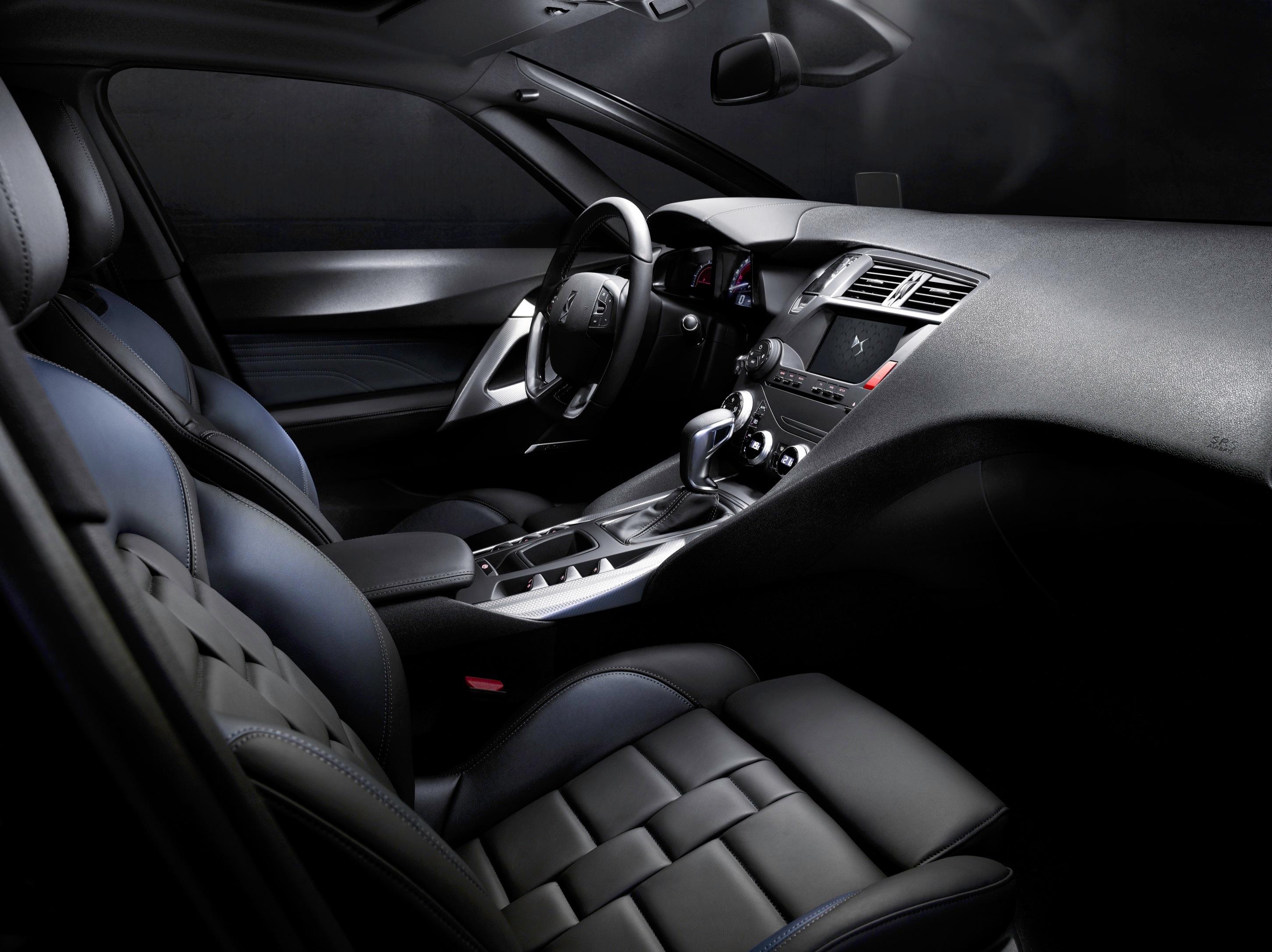 DS 5 intérieur - DS Automobiles