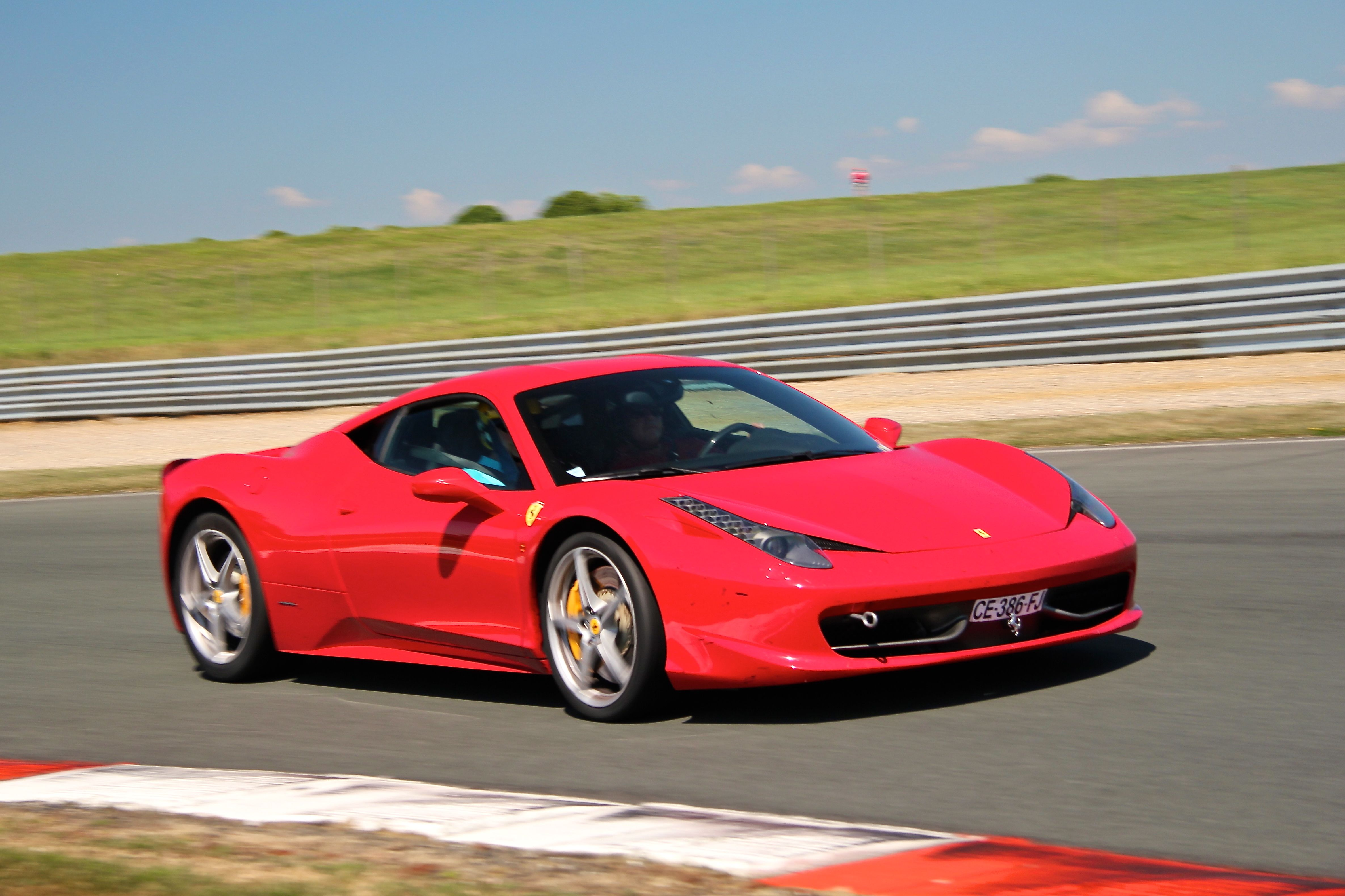 Ferrari 458 - Sport et Collection 2015 - Photographie Ludo