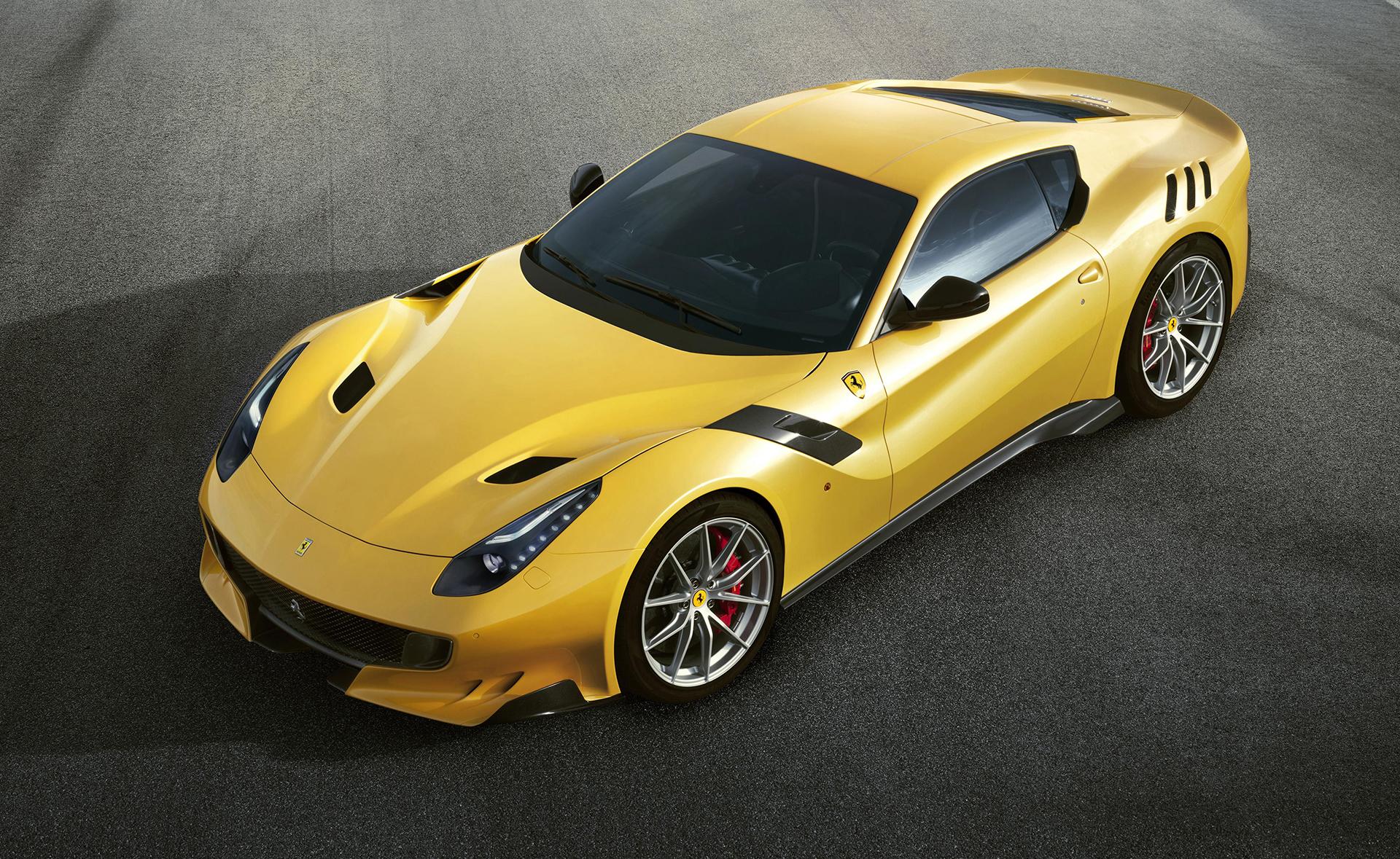 Ferrari F12tdf - profil avant / front side-face