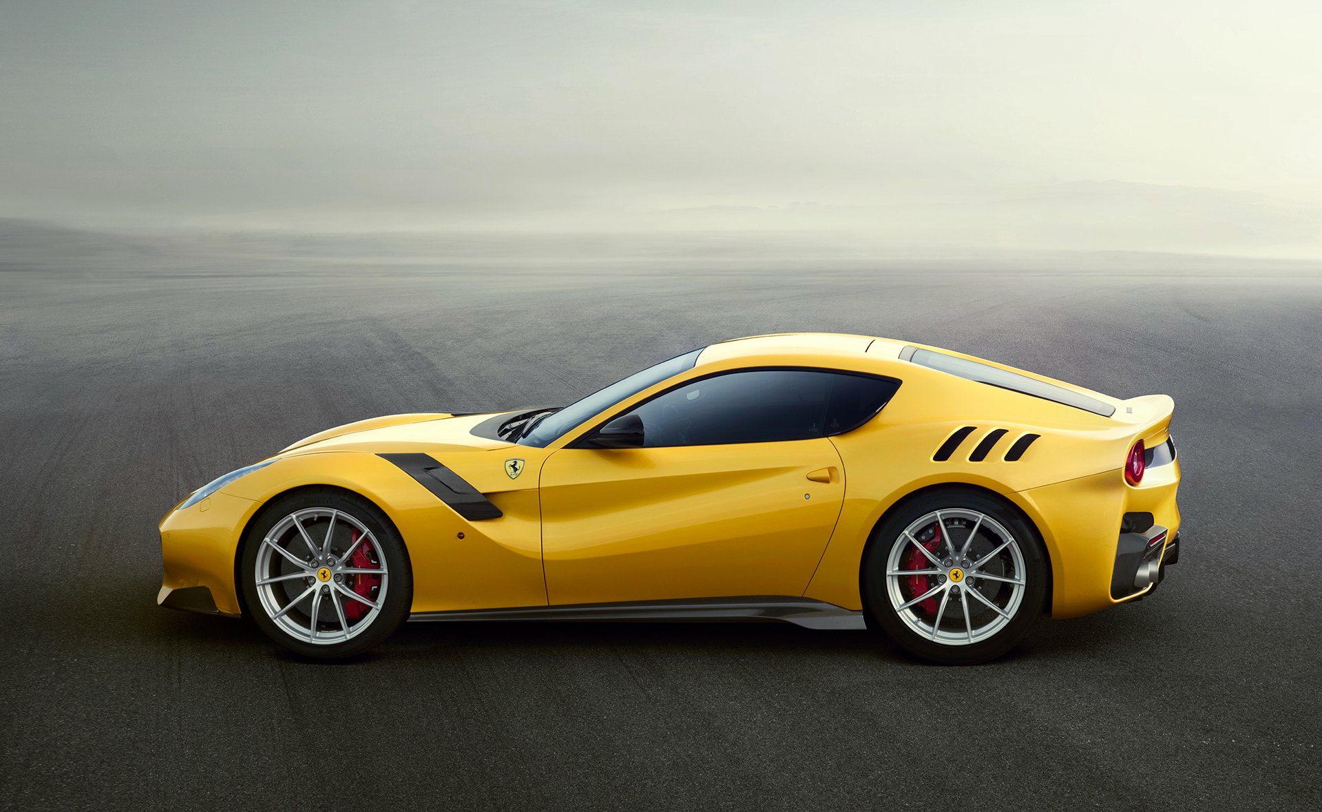 Ferrari F12tdf - profil / side-face