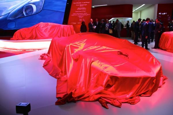 Ferrari stand - Journée Presse - 2016 - Mondial Auto - photo Ludo Ferrari
