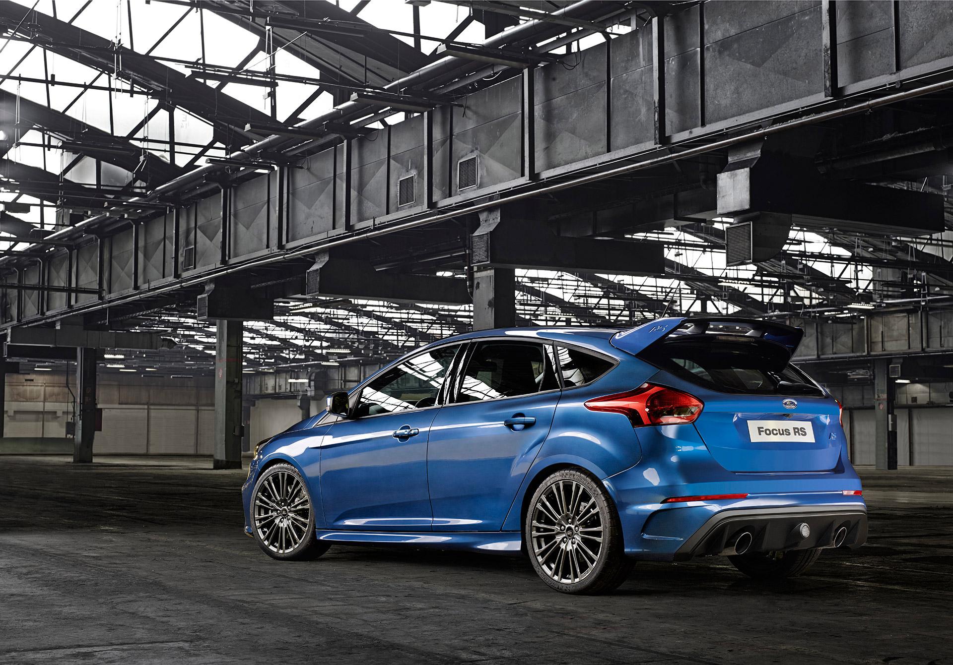 Ford Focus RS 2015 - arrière