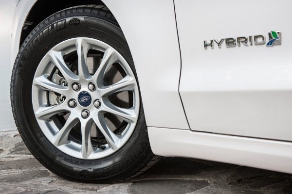 Ford Mondeo Hybrid 2015 - wheel / roue avant