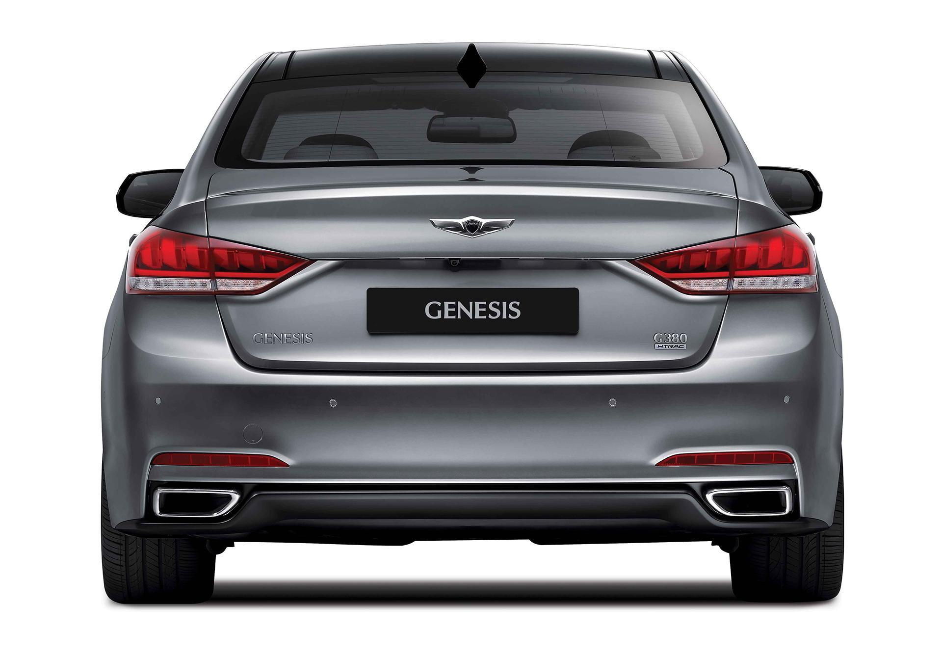 Genesis G90 - 2016 - rear / arrière
