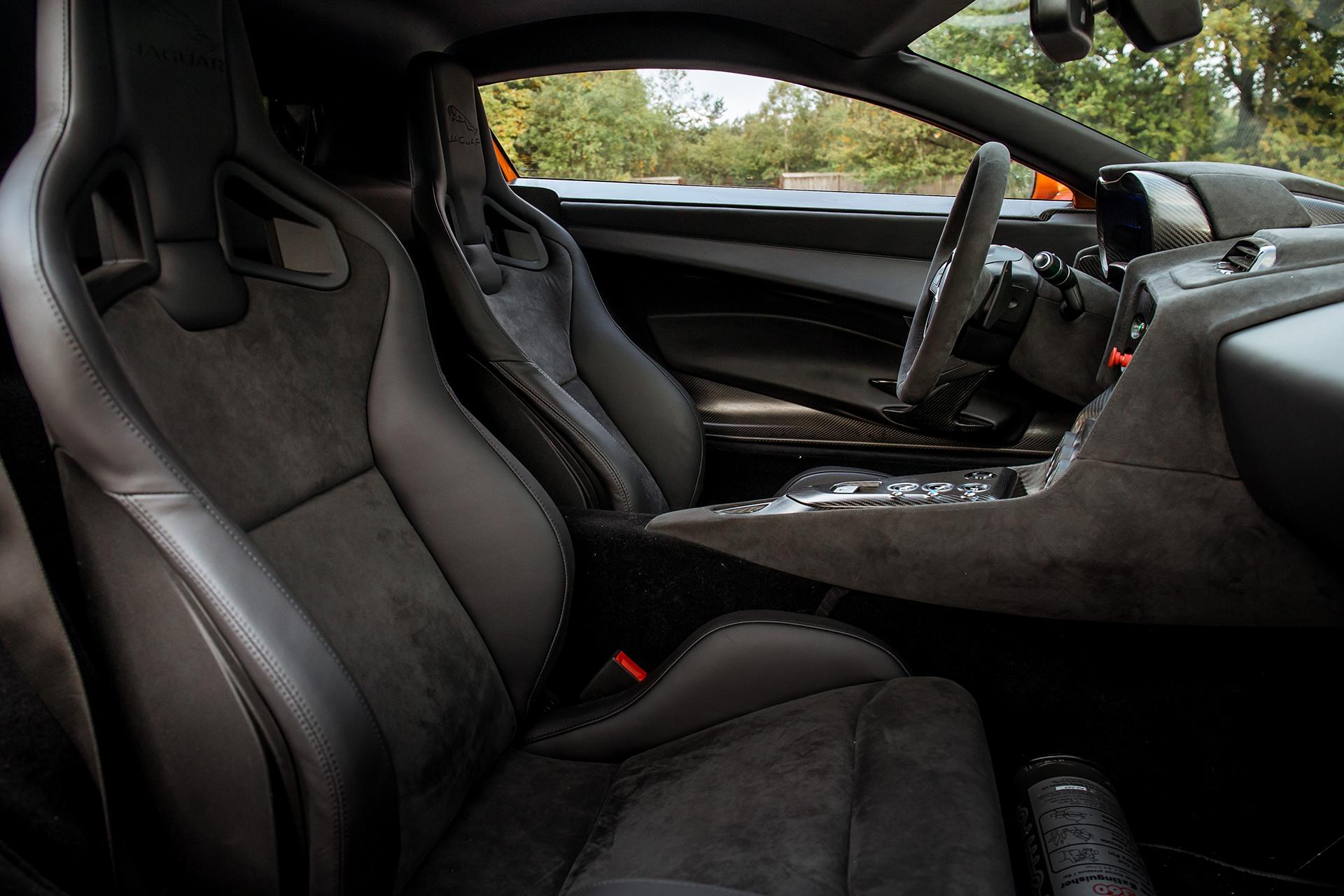 Jaguar C-X75 - Spectre - 2015 - intérieur sièges / seats interior