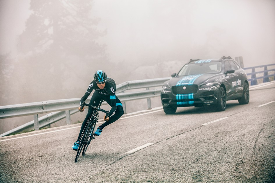Jaguar F-PACE - Prototype - Team Sky - Tour De France 2015