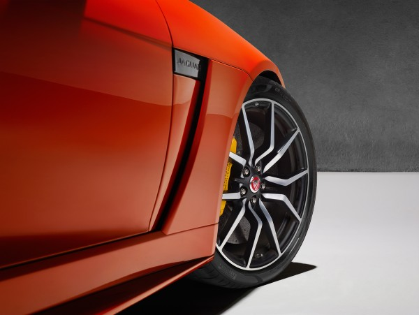 Jaguar F-TYPE SVR - 2016 - jante / wheel