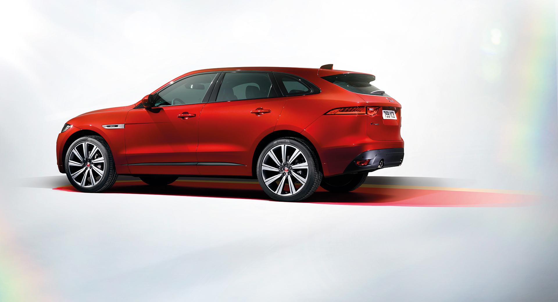 Jaguar F-PACE - side-face / profil