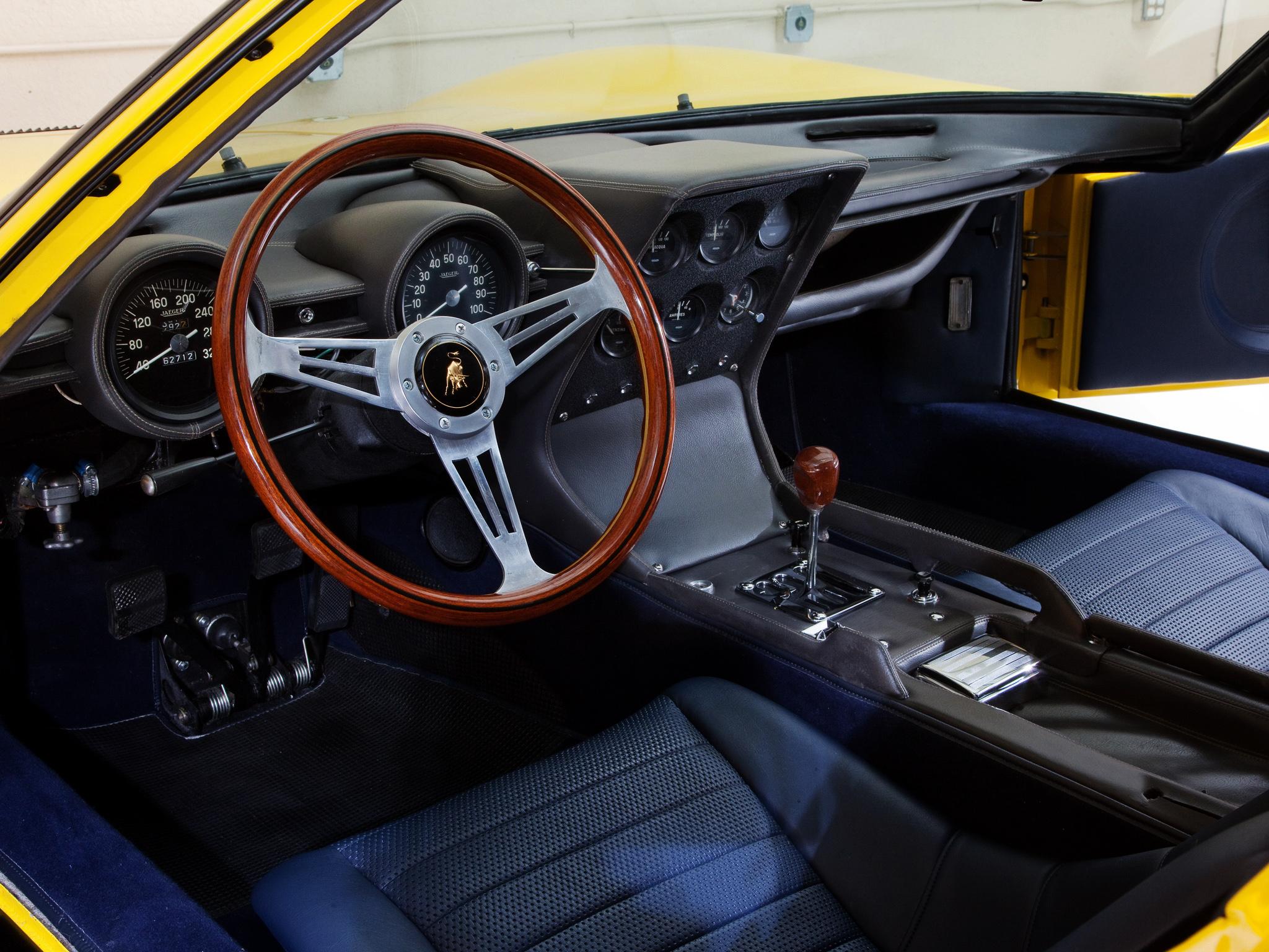Lamborghini Miura - intérieur / interior