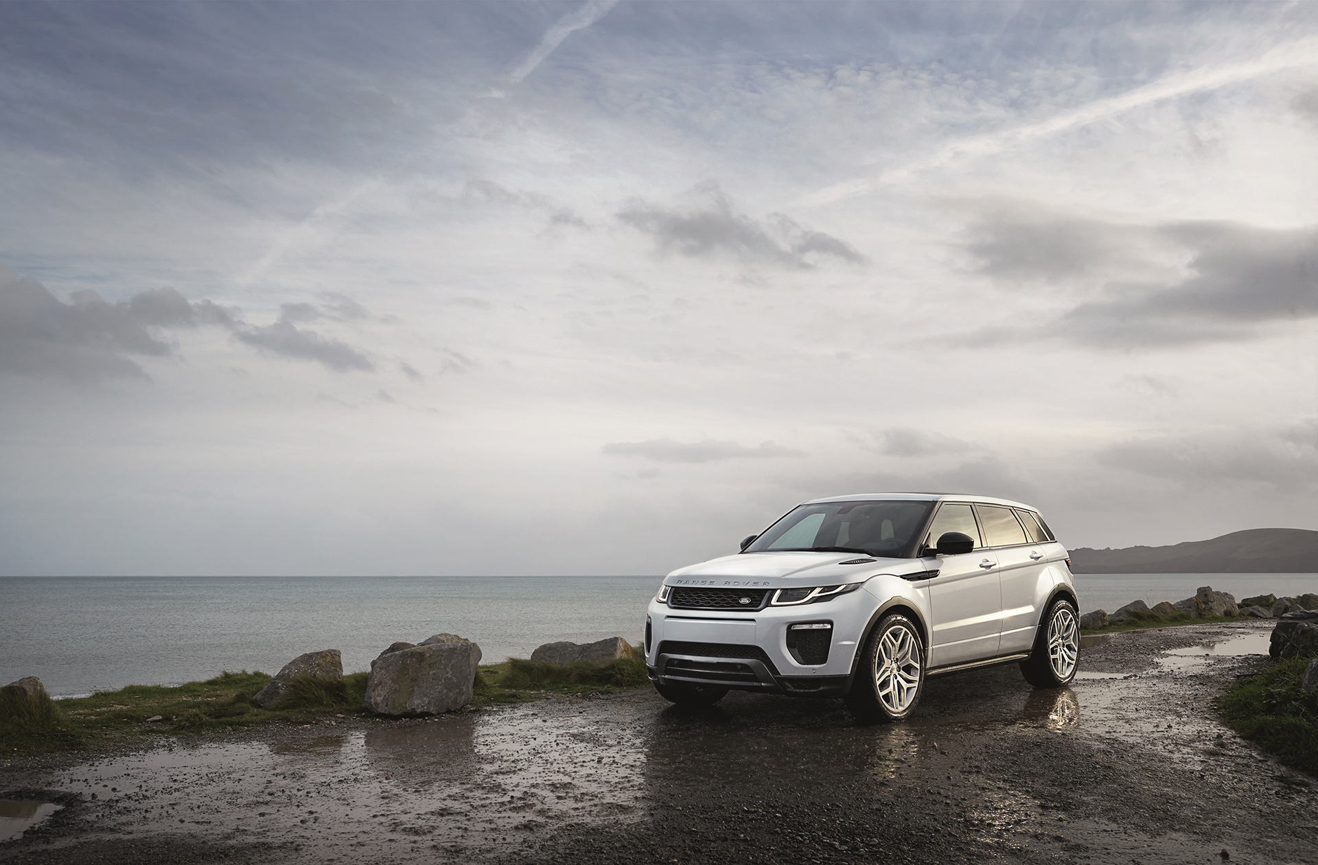 Land Rover Range Rover Evoque - 2016 - profil avant / front side-face