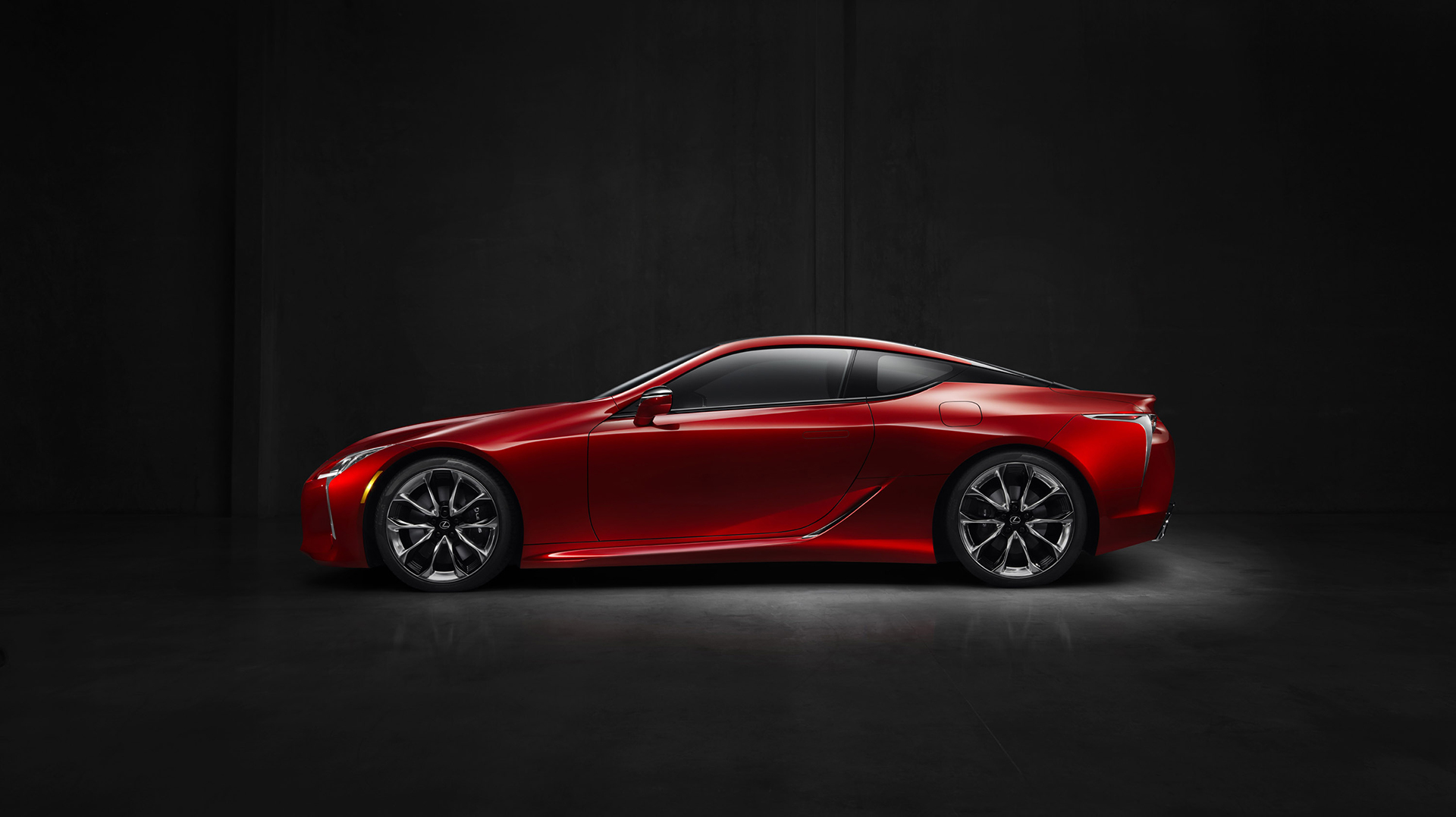 Lexus LC 500 - 2016 - side-face / profil