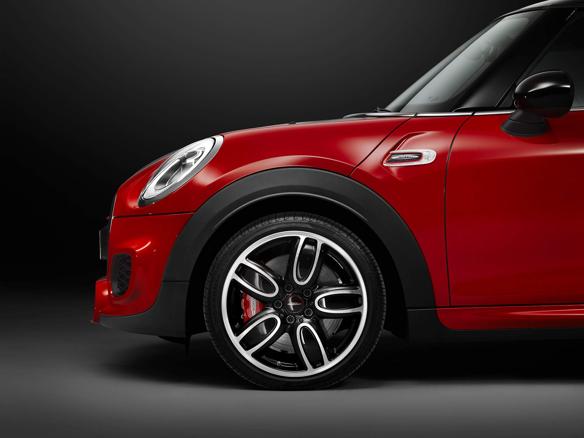 mini john cooper works feat tony hawk le skater pro. Black Bedroom Furniture Sets. Home Design Ideas