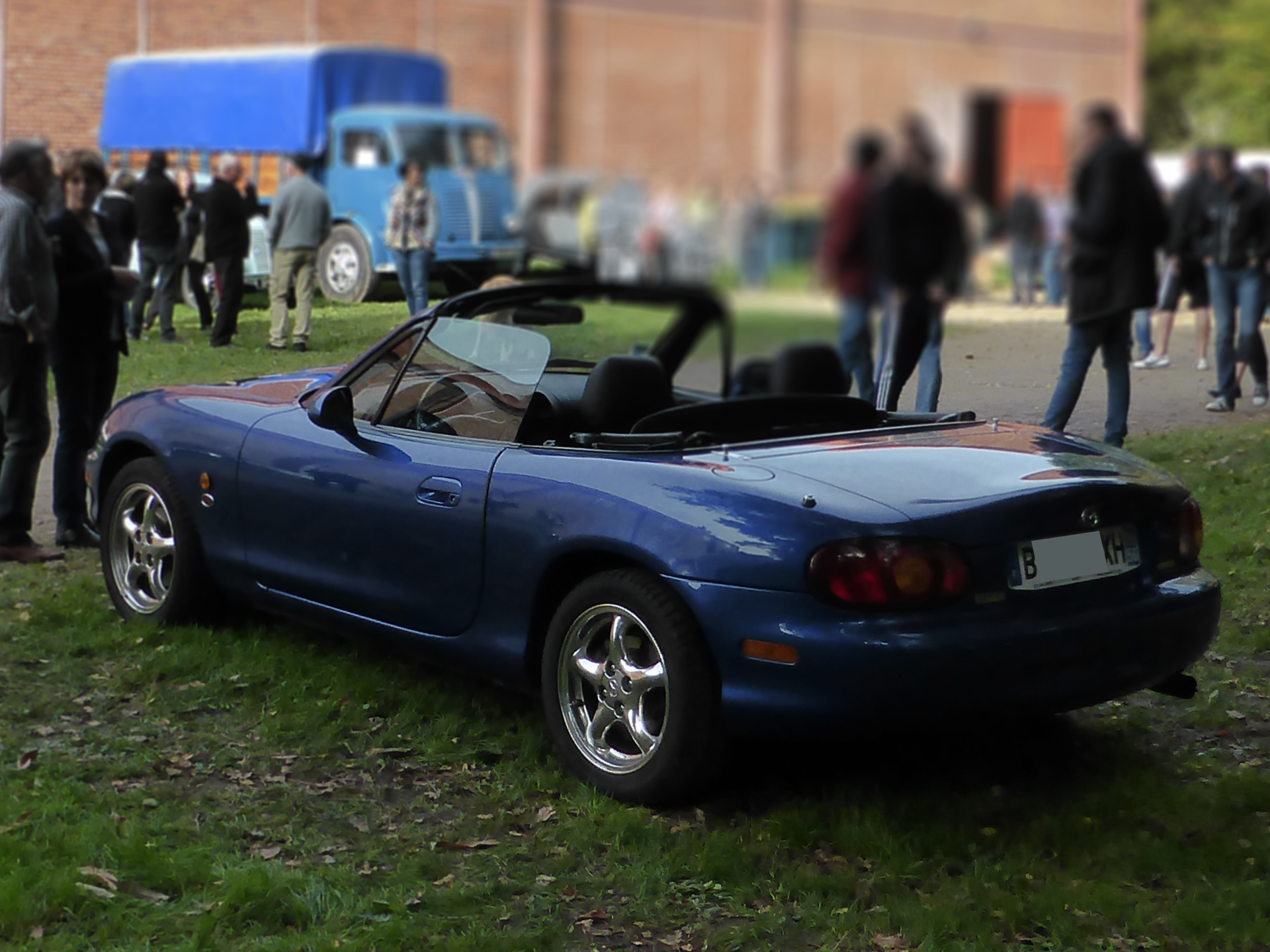 Mazda - MX-5 - Lorient 2015 - photo ELJ - DESIGNMOTEUR