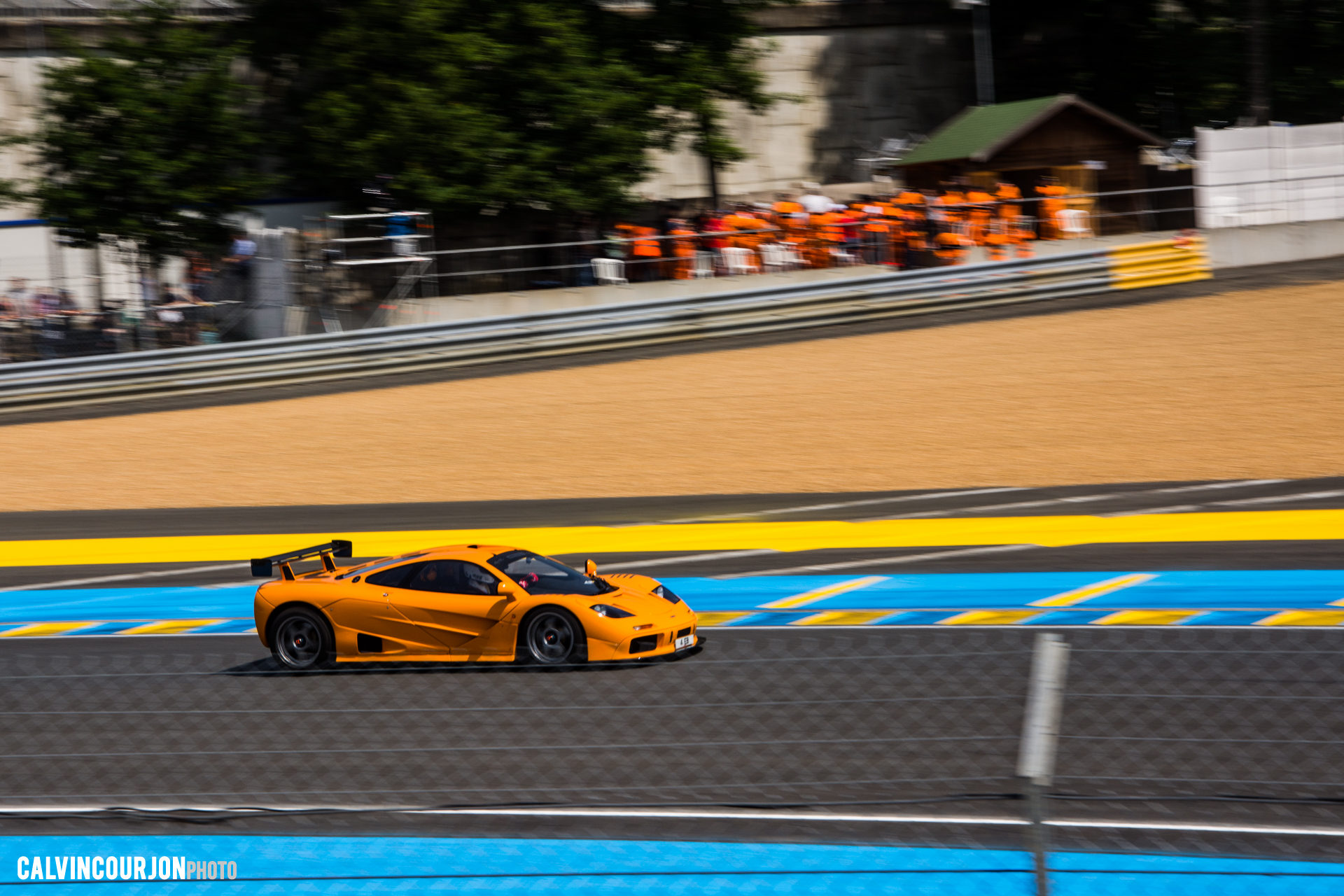 McLaren F1 GTR (1995) sur circuit au Mans - 2015 - photo Calvin Courjon