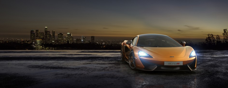 McLaren 570S Coupé - night city / ville de nuit