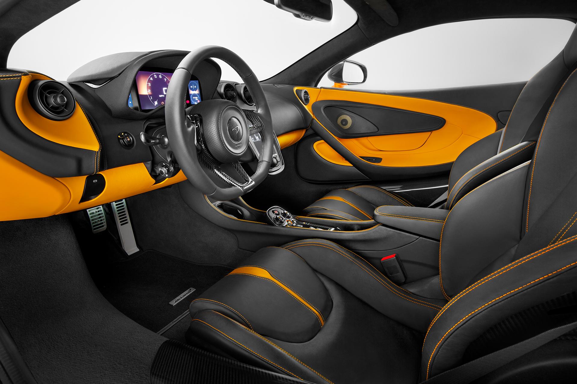 McLaren 570S Coupé - volant