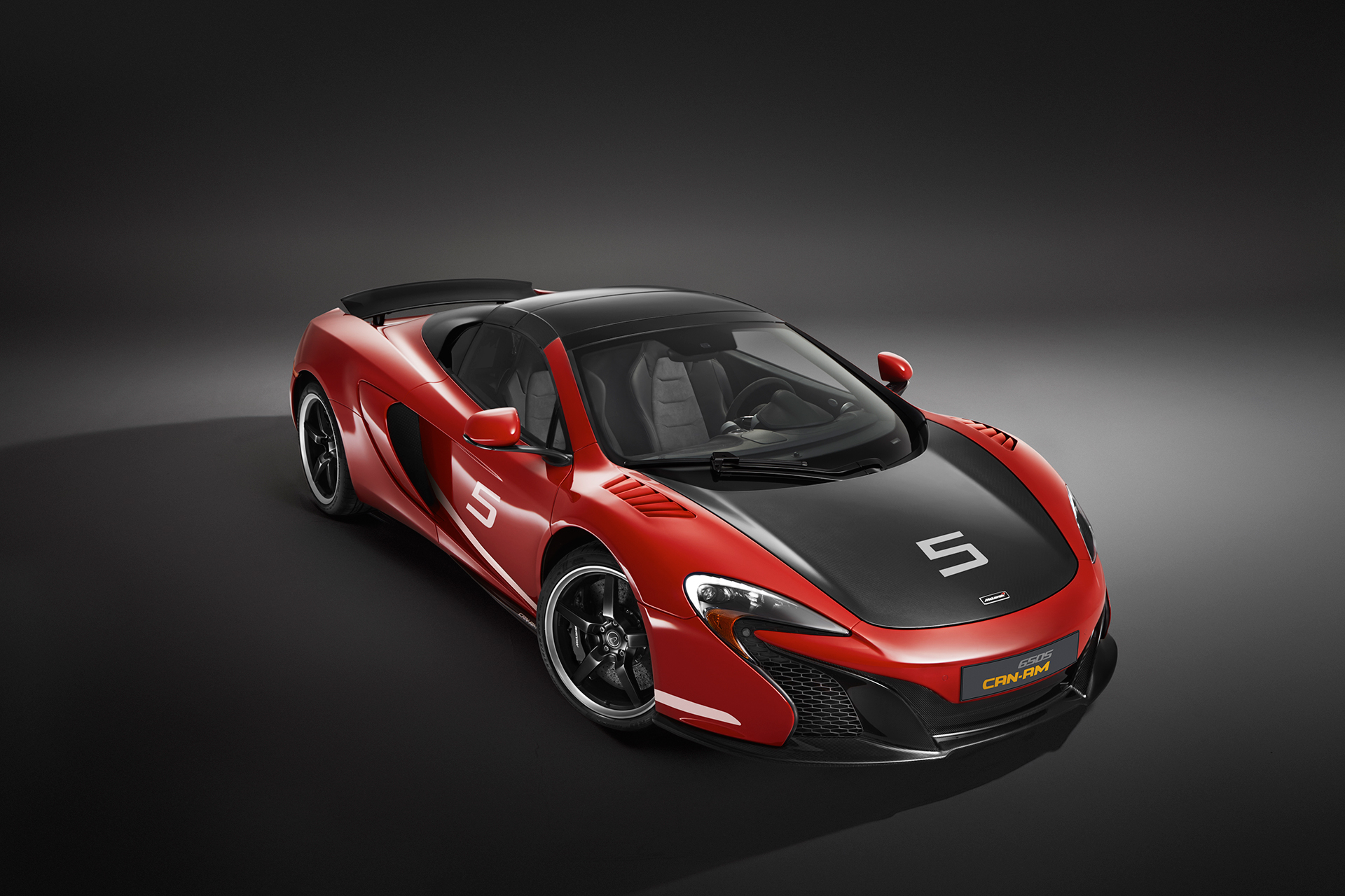 McLaren 650S MSO 50 years Can-Am - front / avant - close top / toit fermé