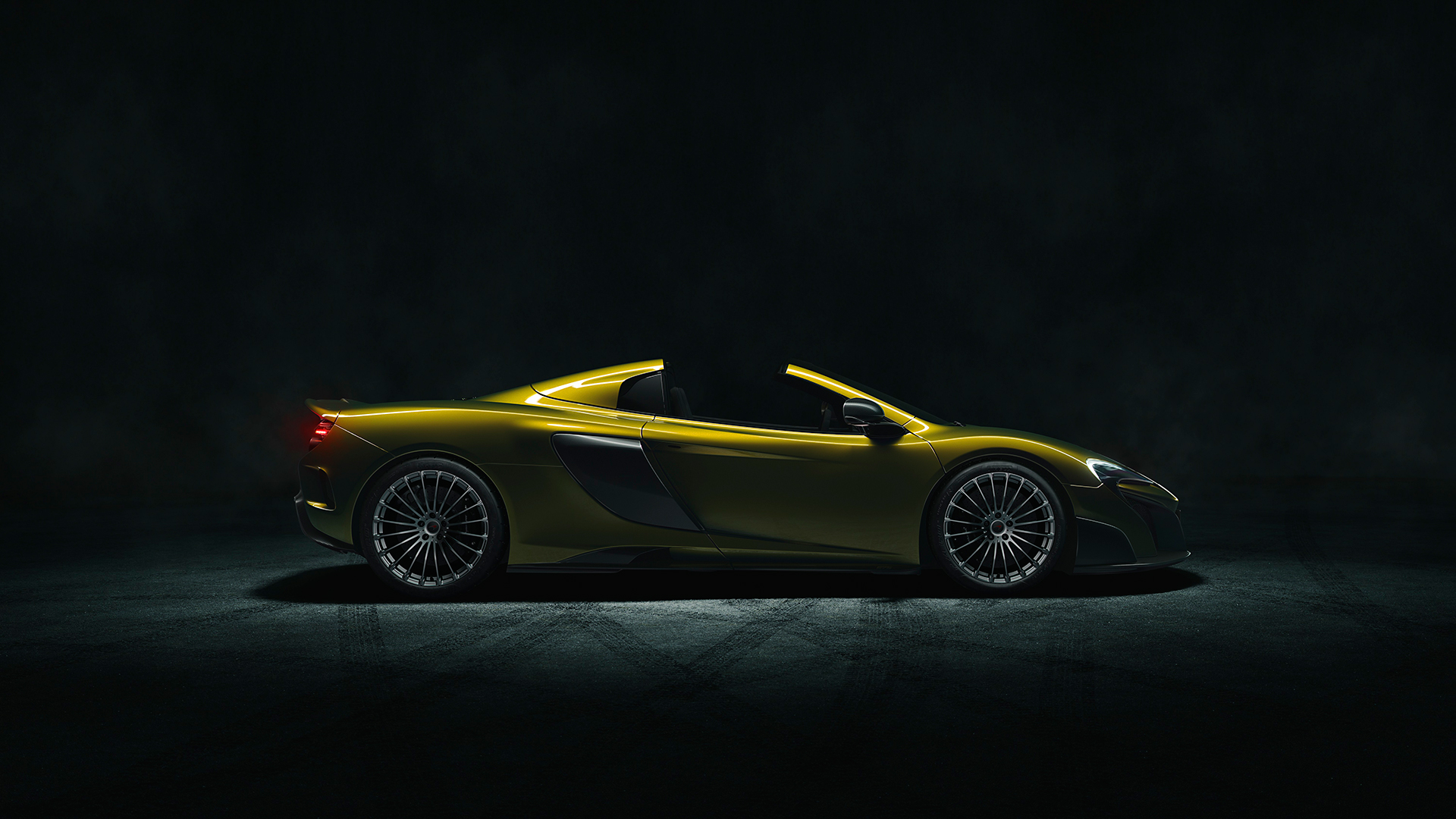 McLaren 675LT Spider - 2016 - side-face / profil