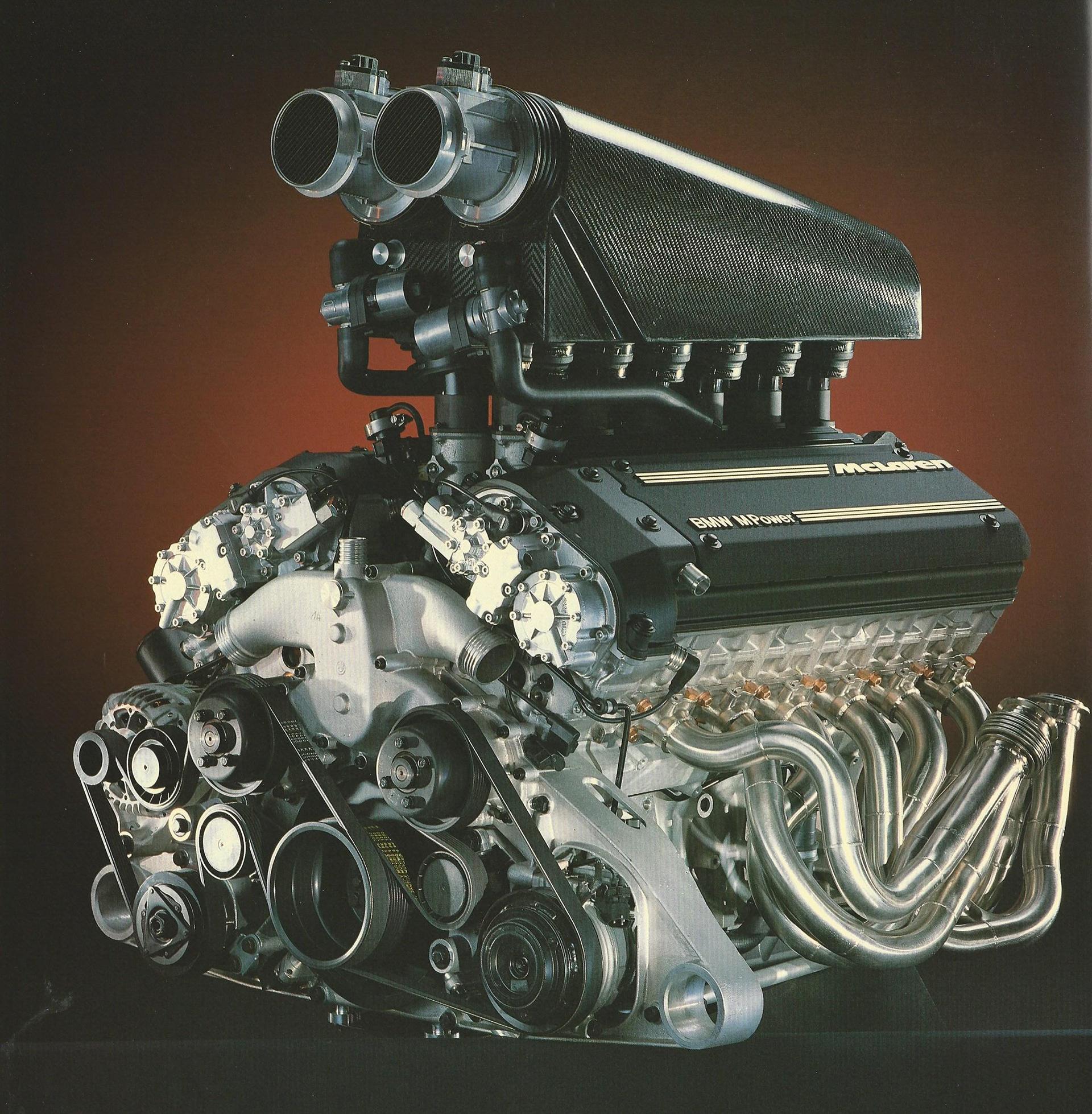 McLaren F1 - BMW V12 - engine / moteur