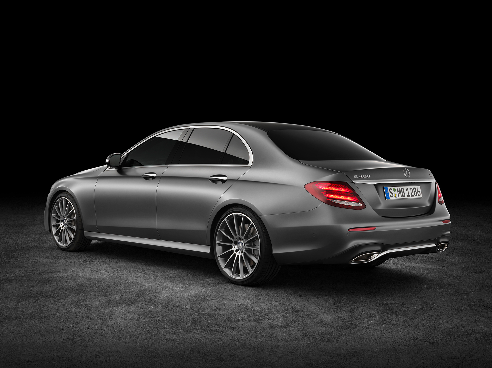 Mercedes-Benz E Class - 2016 - rear side-face / profil arrière