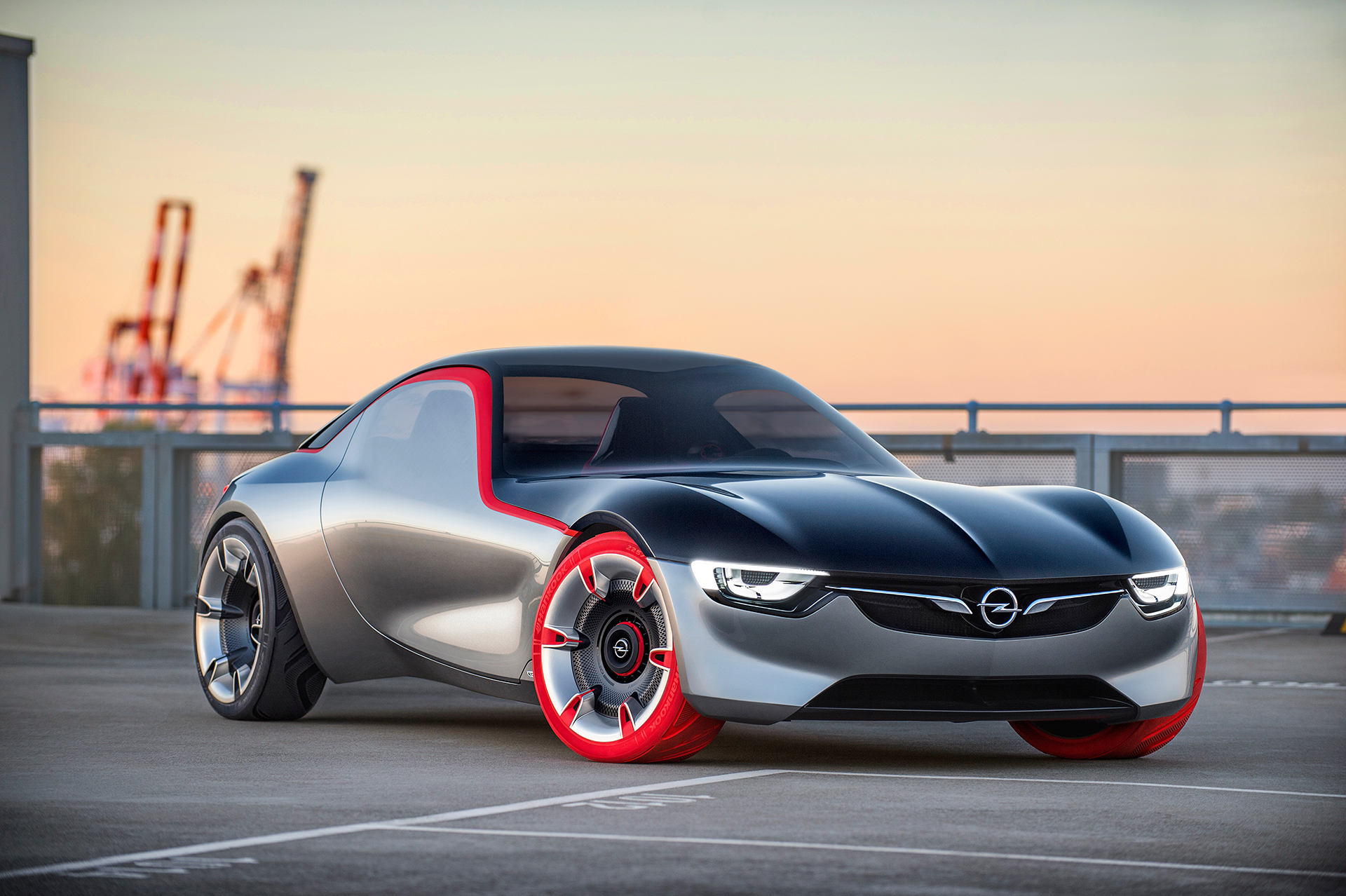 Opel GT Concept 2016 profil avant / front side-face - Image - GM Company.