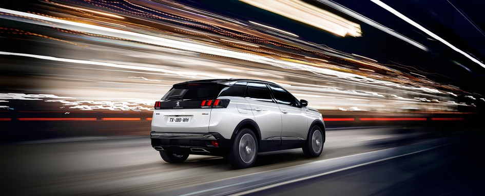 Peugeot 3008 - GT Line - 2016 - profil arriere / rear side-face